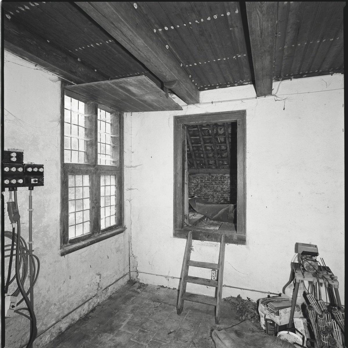 File interieur boerderij woonkamer richting de opkamer for Interieur woonkamer