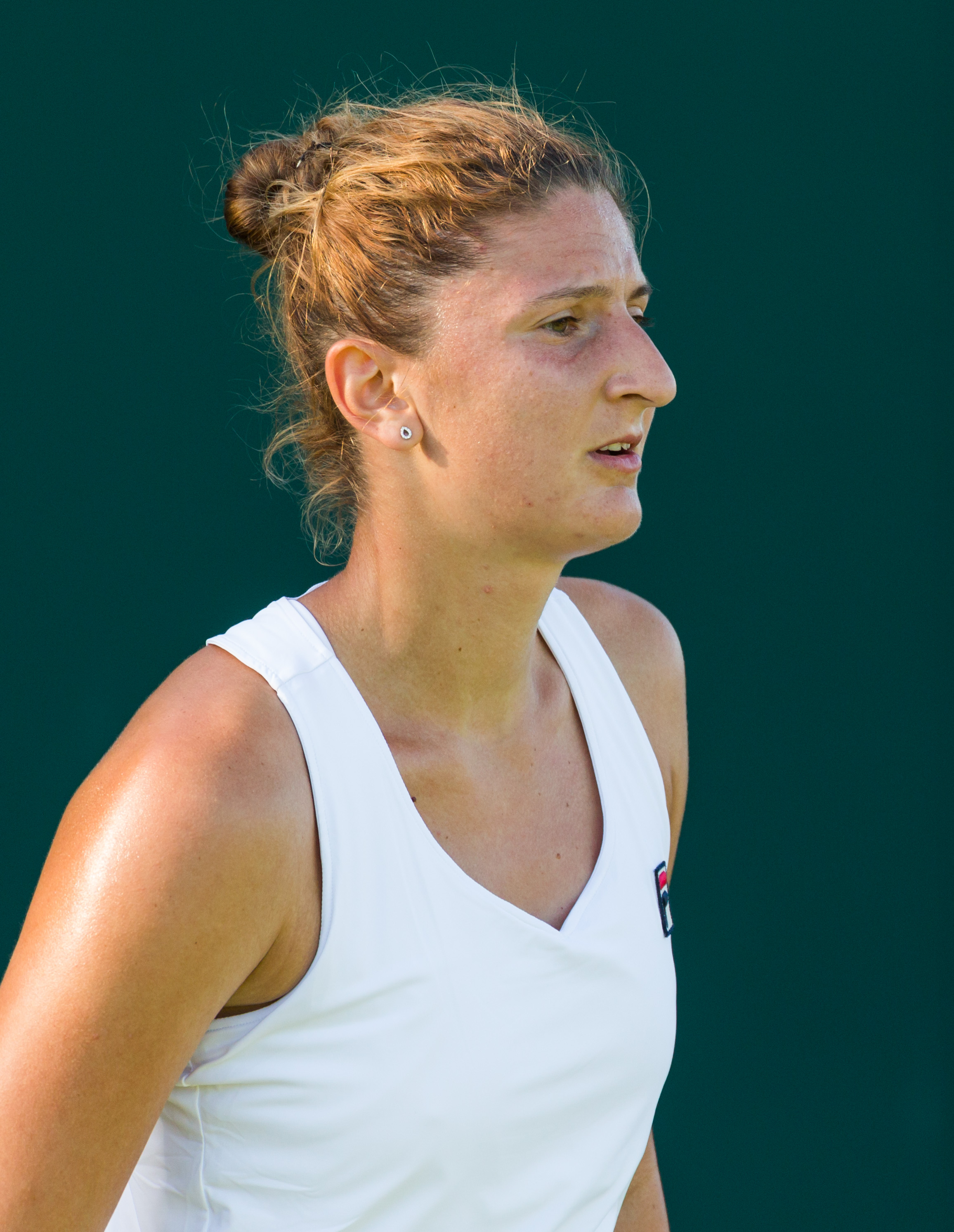 Simona Halep and Irina Begu reach the last 16 in Roland Garros  |Irina Begu