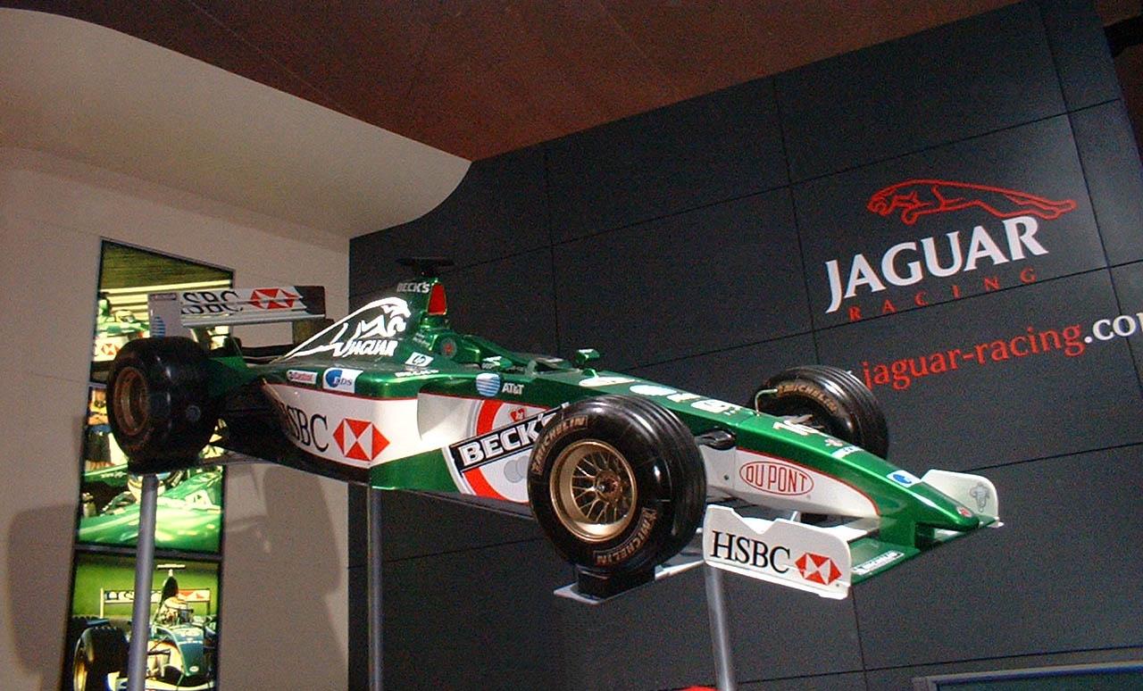 Jaguar R3 - Wikipedia