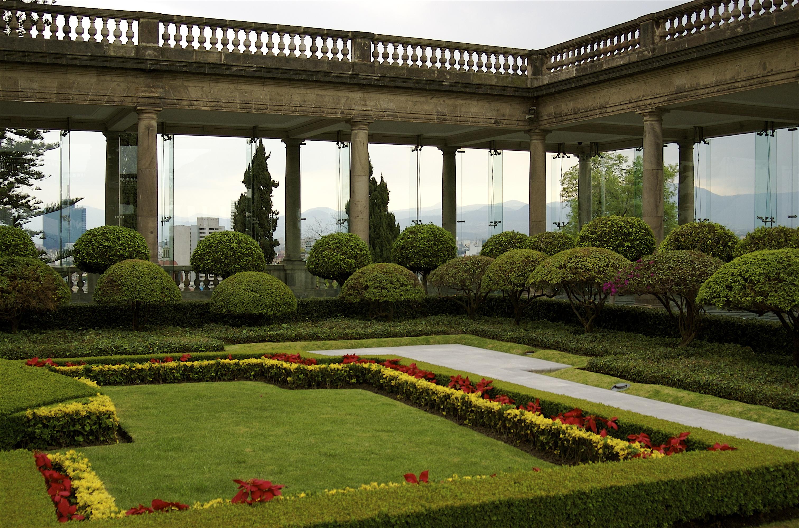 File Jardines del Castillo de Chapultepec 2