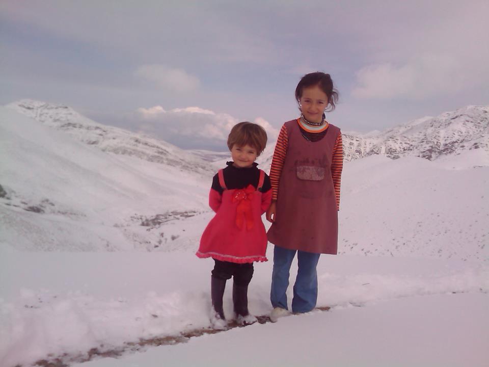 چشم انداز طبیعت زمستانی خان کندی