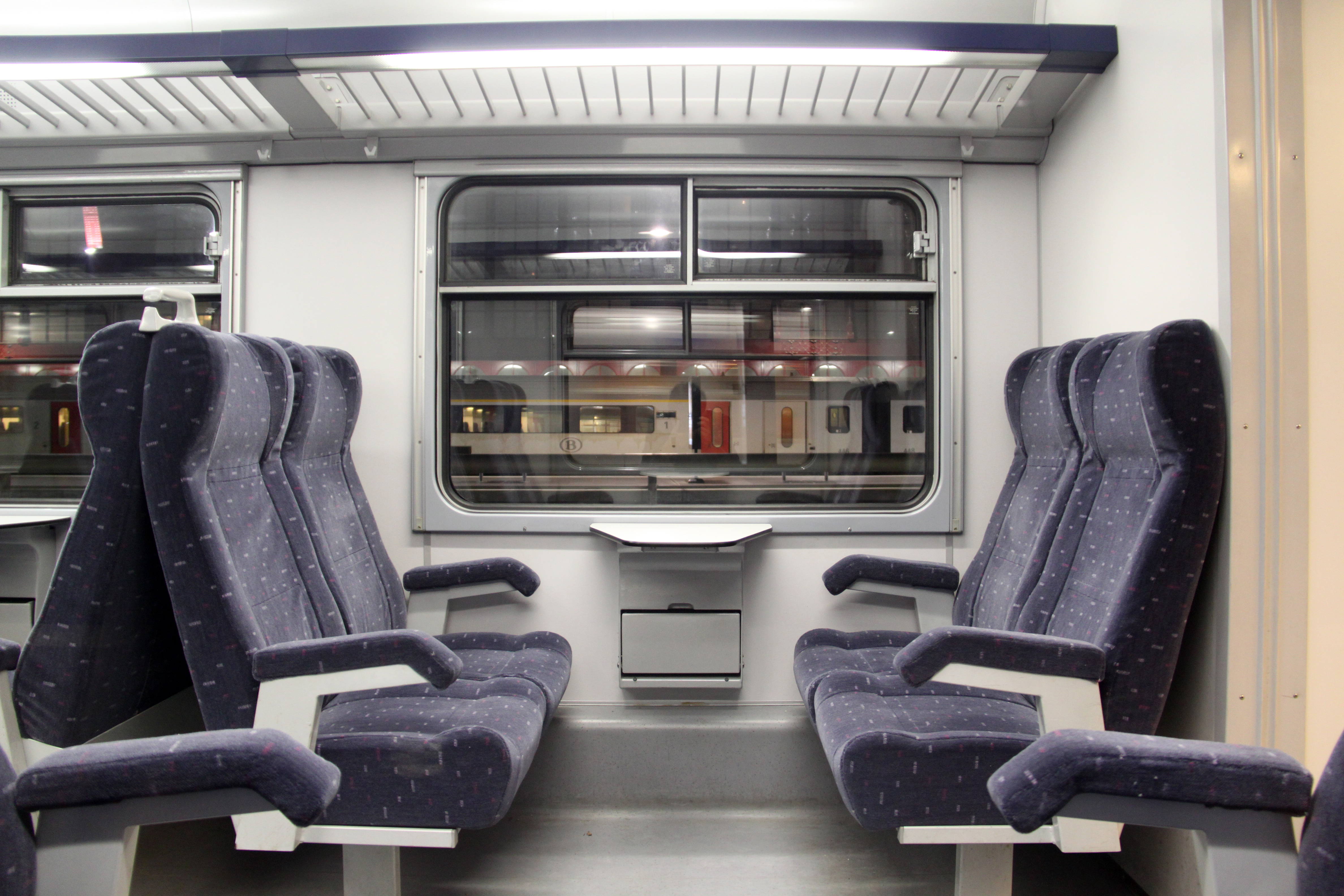 Bestand klassiek motorstel gemoderniseerd interieur 1e for Klassiek interieur