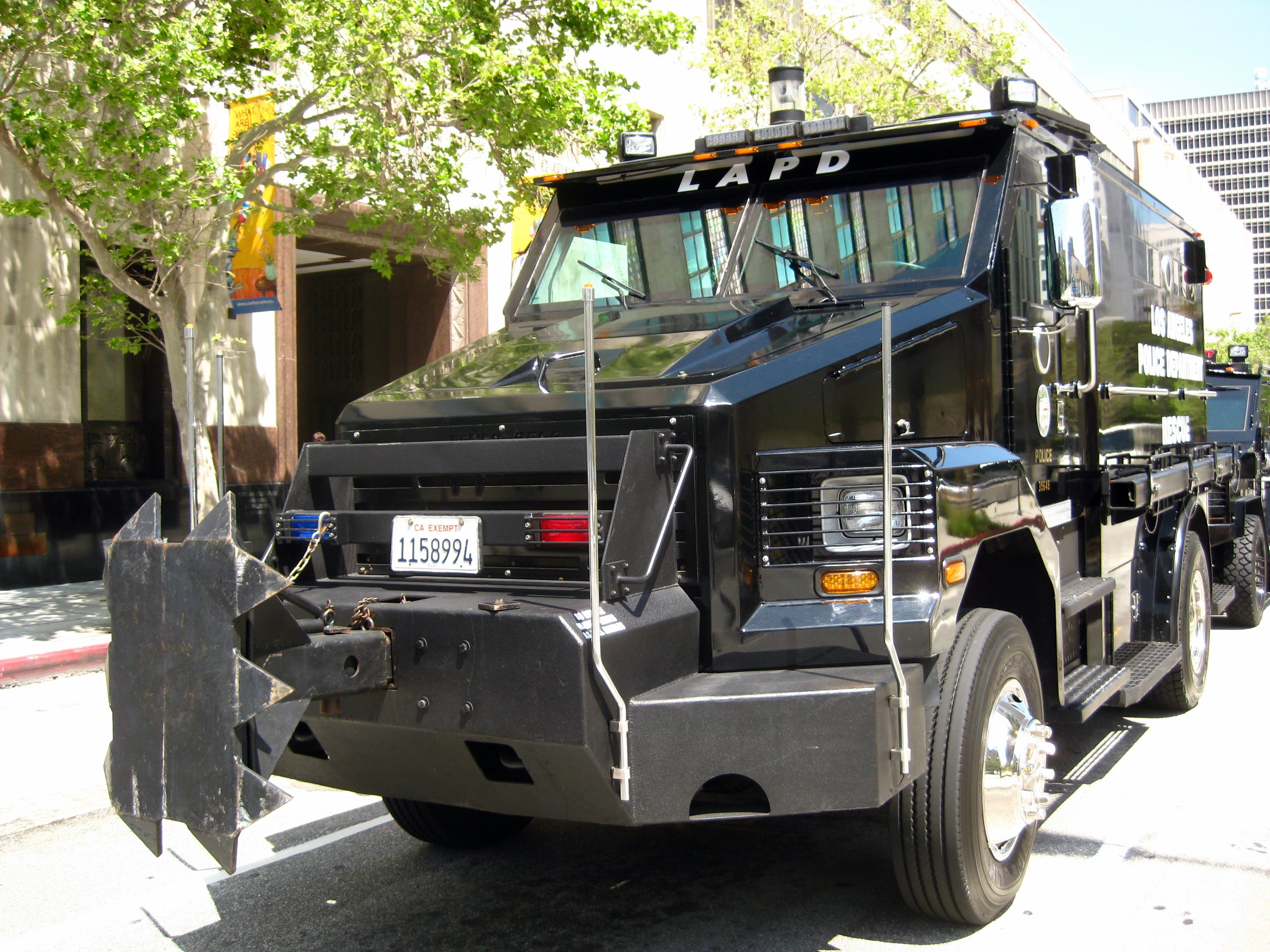 File Lapd Swat Rescue Vehicle Front Jpg