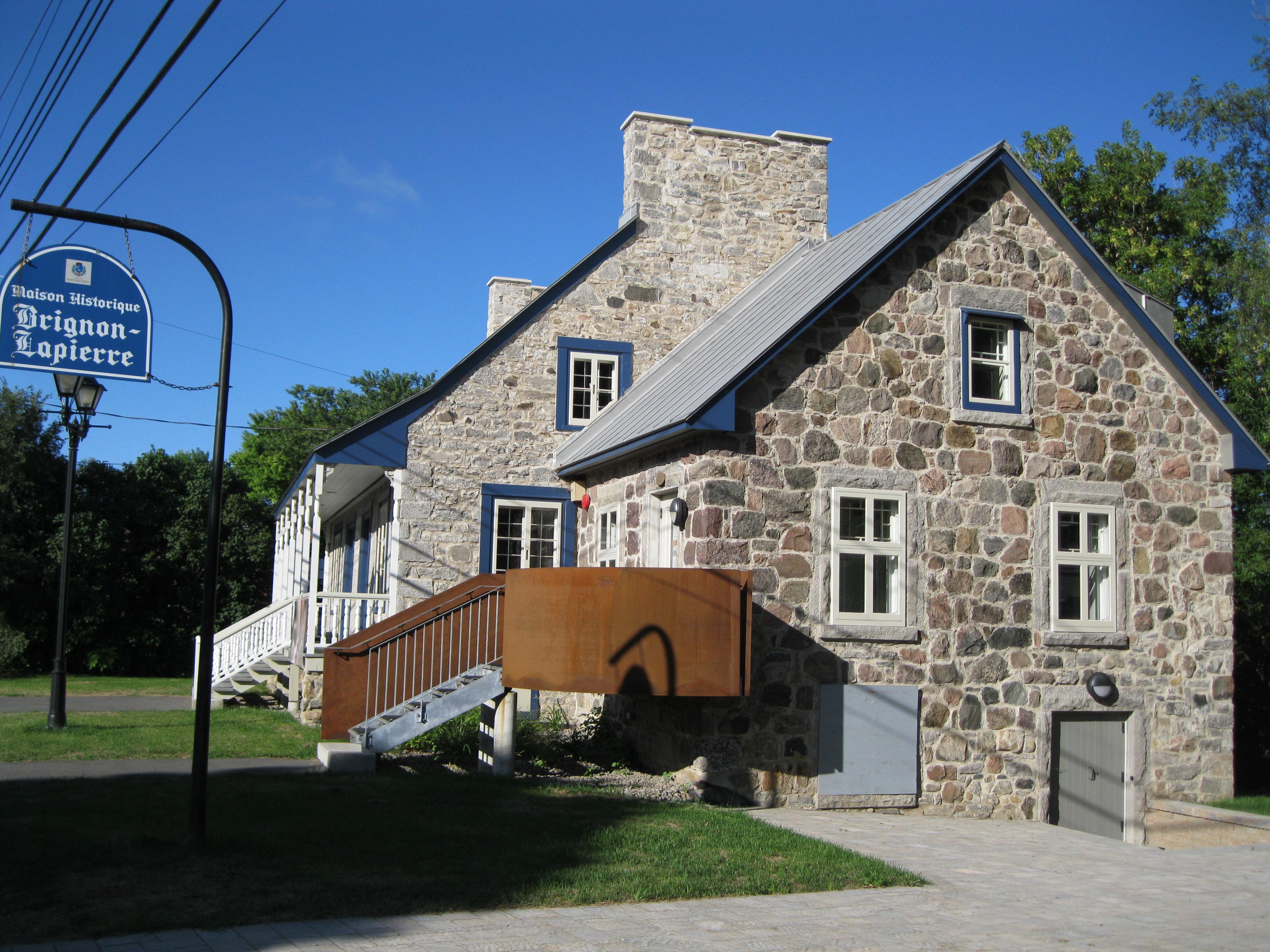 File maison brignon dit lapierre wikimedia commons for Maison la pierre