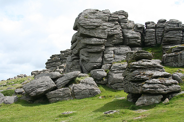 Manaton, Hound Tor - close up - geograph.org.uk - 861422