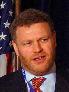 Mark Steyn speaks at CPAC 2008 as Pamela Gella...