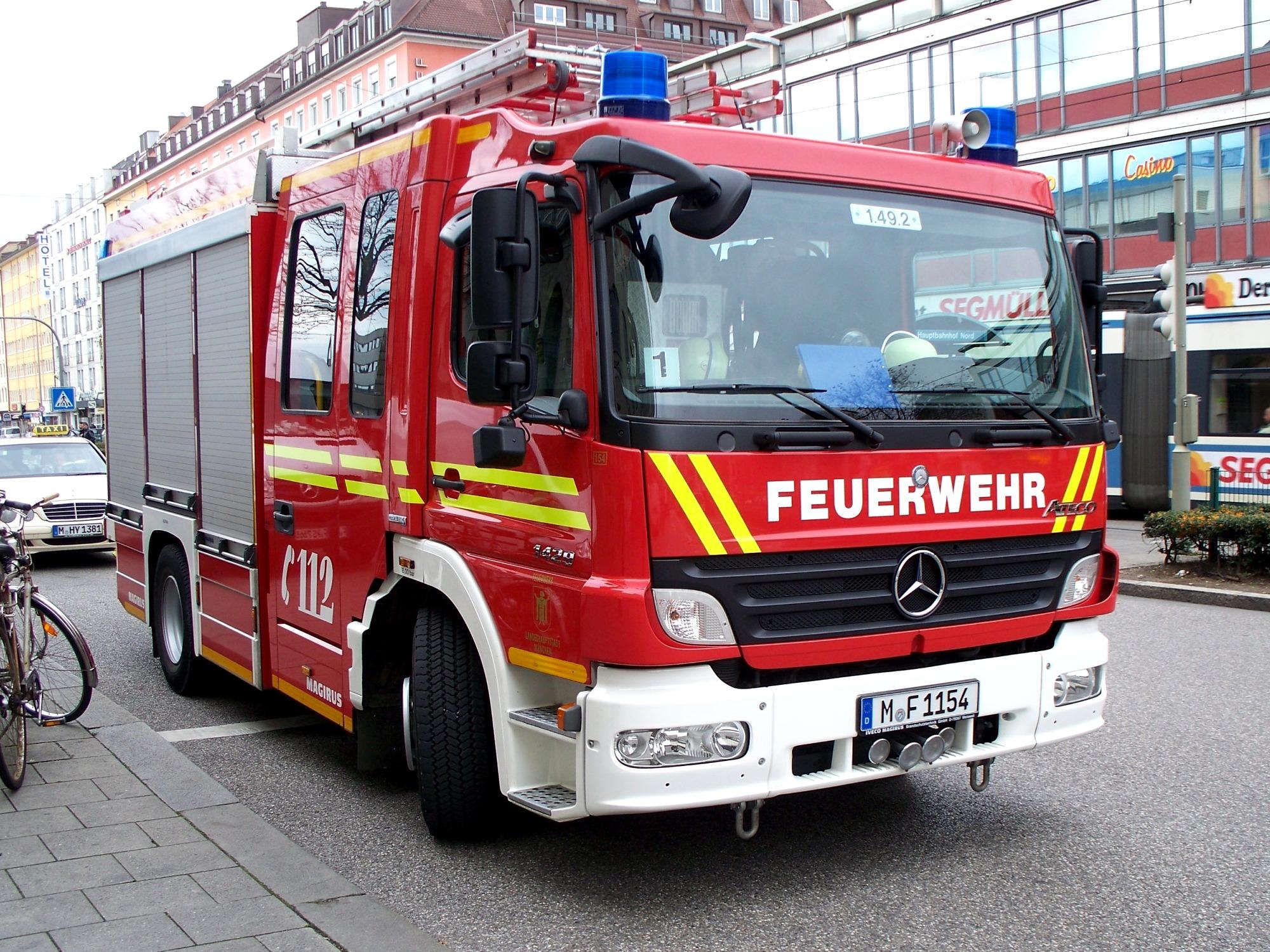 File Mercedes Benz Atego Based Fire Engine Munich Jpg