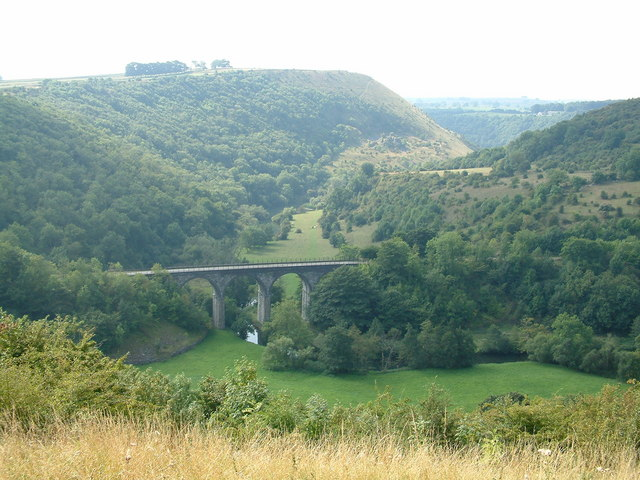 Monsal Head Viaduct - geograph.org.uk - 499955