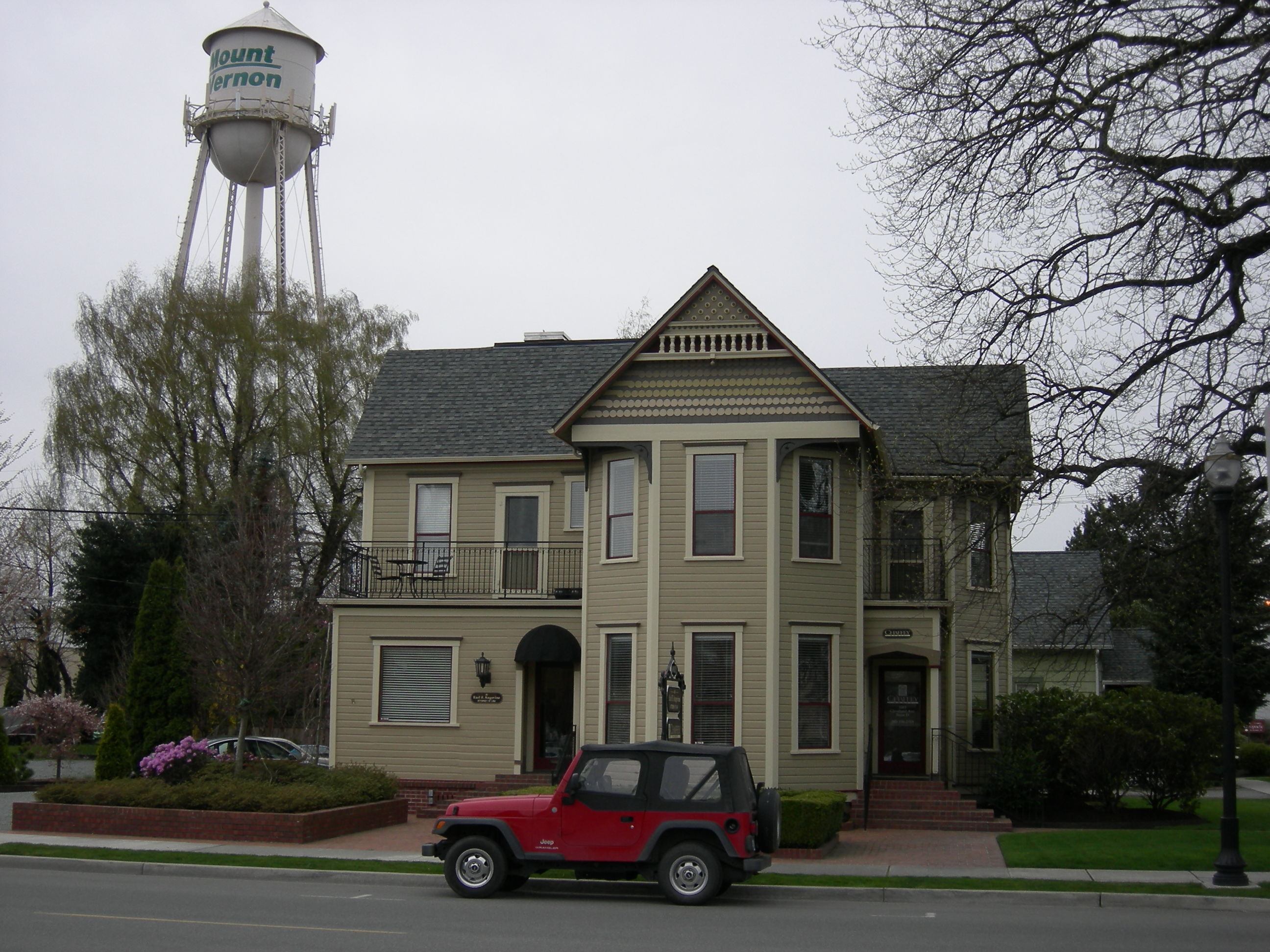 mount vernon wa dating Looking for a home in mount vernon search the latest real estate listings for sale in mount vernon and learn more about buying a home with coldwell banker.