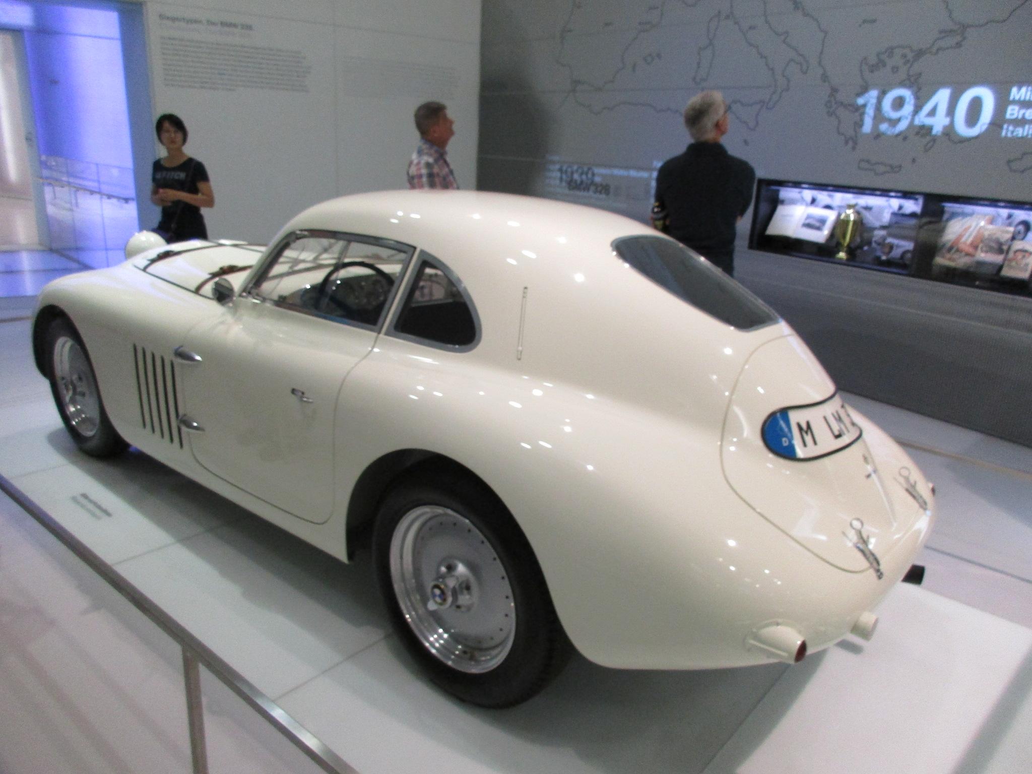 File:Musée BMW 036 - BMW 328 Touring 24 heures du Mans 1939.jpg ...