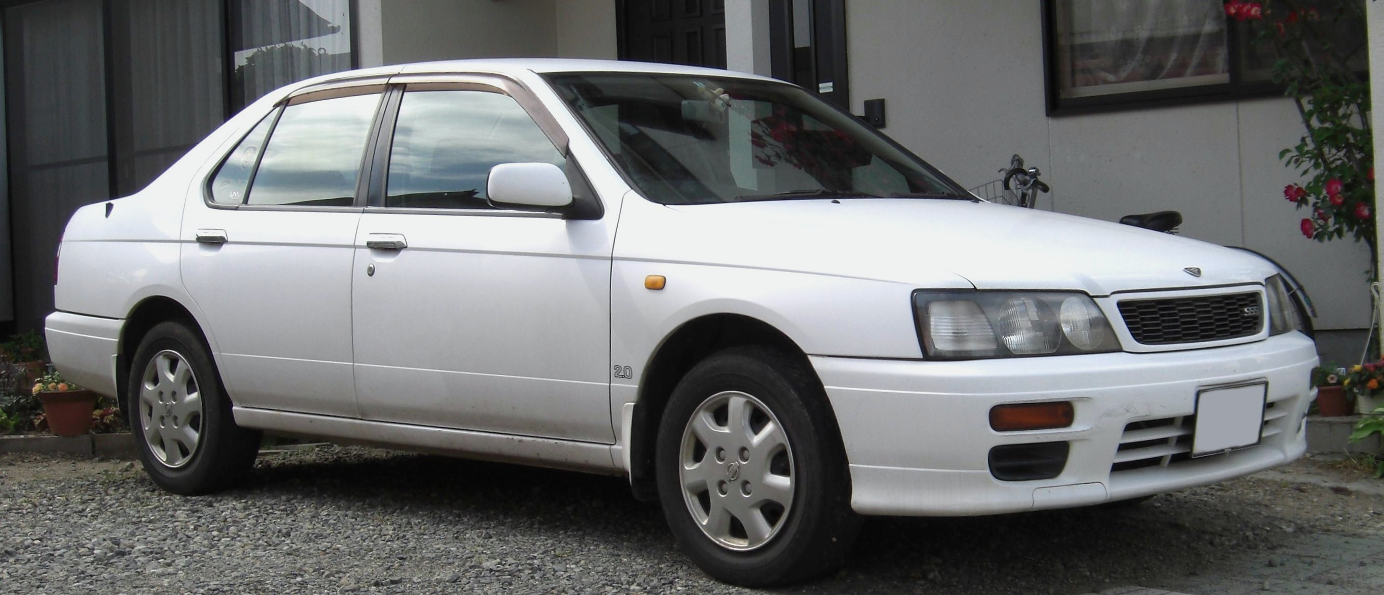 Nissan Bluebird - Wikipedia