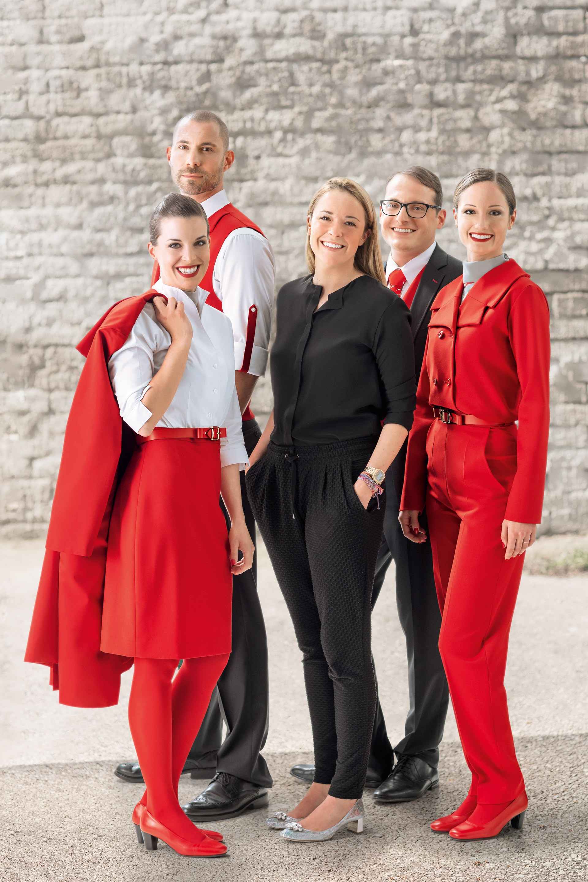 file new 2016 uniforms for austrian airlines 2 jpg wikimedia commons