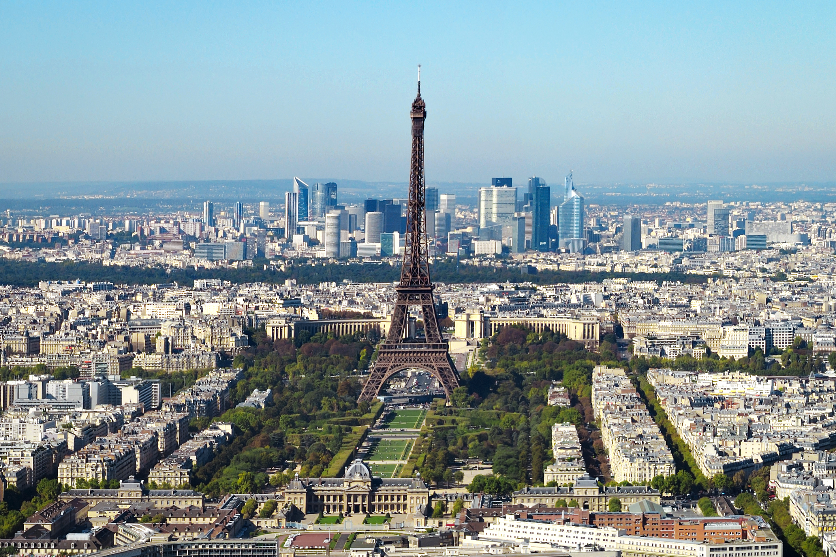 File paris vue d 39 ensemble tour wikimedia commons for Piscine montparnasse
