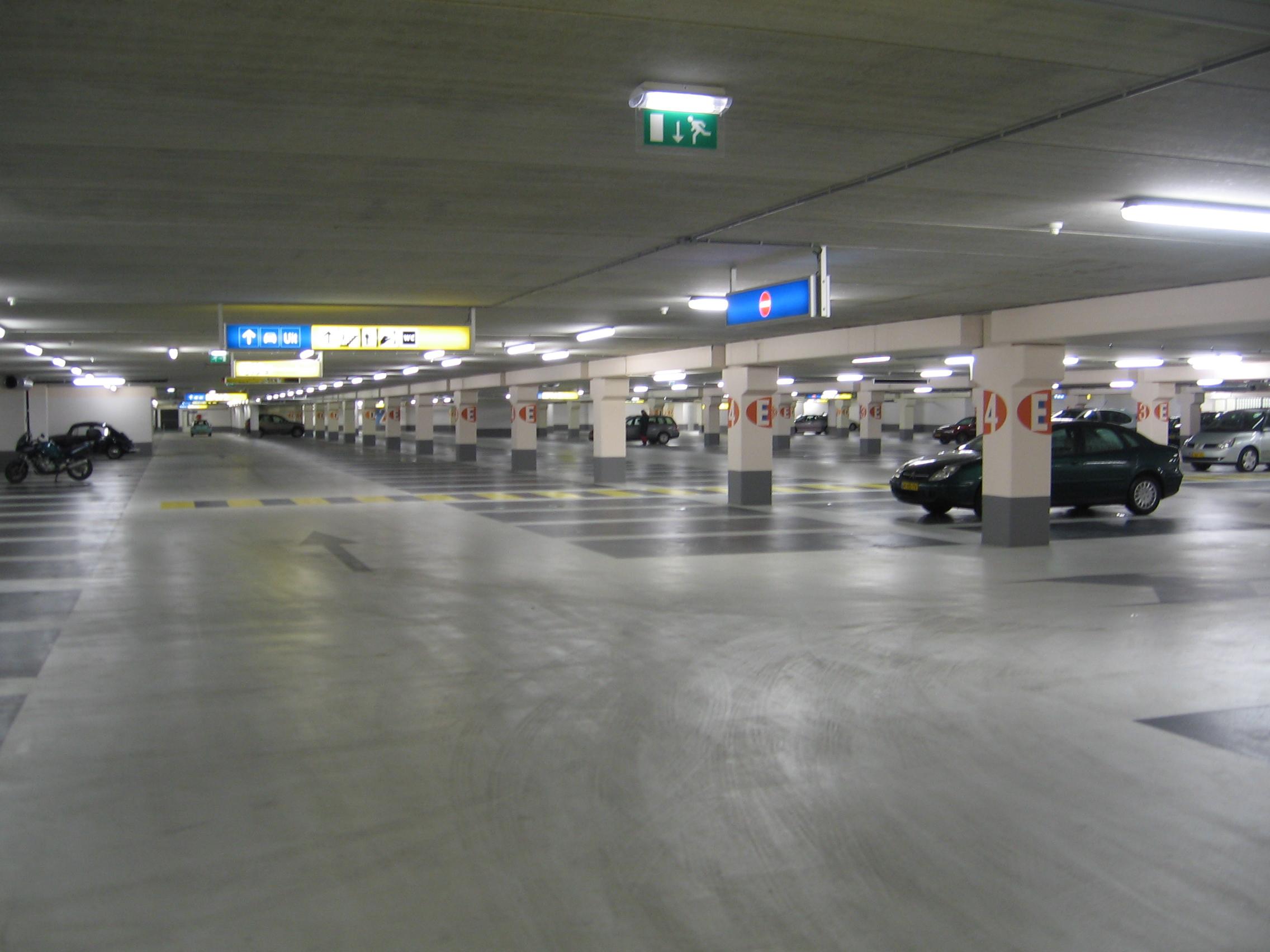 Phoenix Car Park Delft