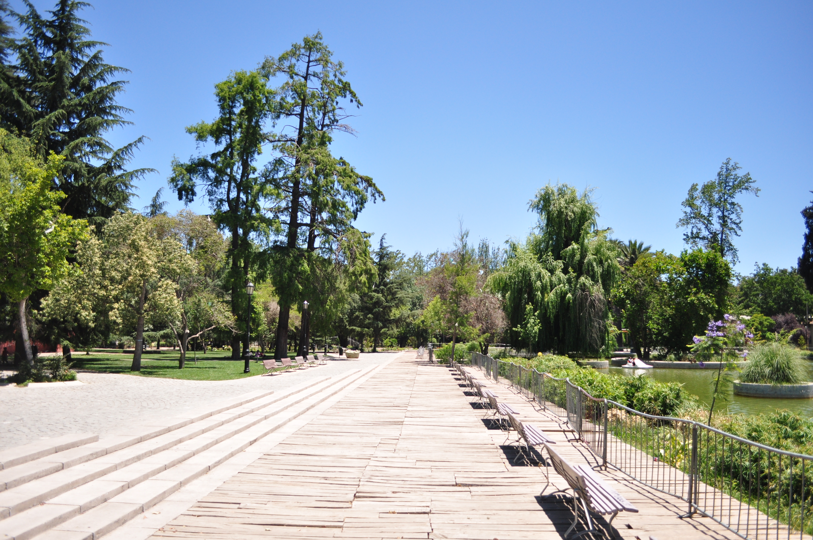 File:Parque Quinta Normal, Santiago de Chile.JPG - Wikimedia Commons
