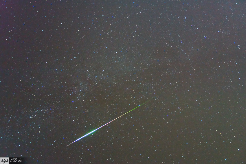 Perseiden Meteor (2009, Autor: Andreas Möller, hochgeladen bei Wikipedia)