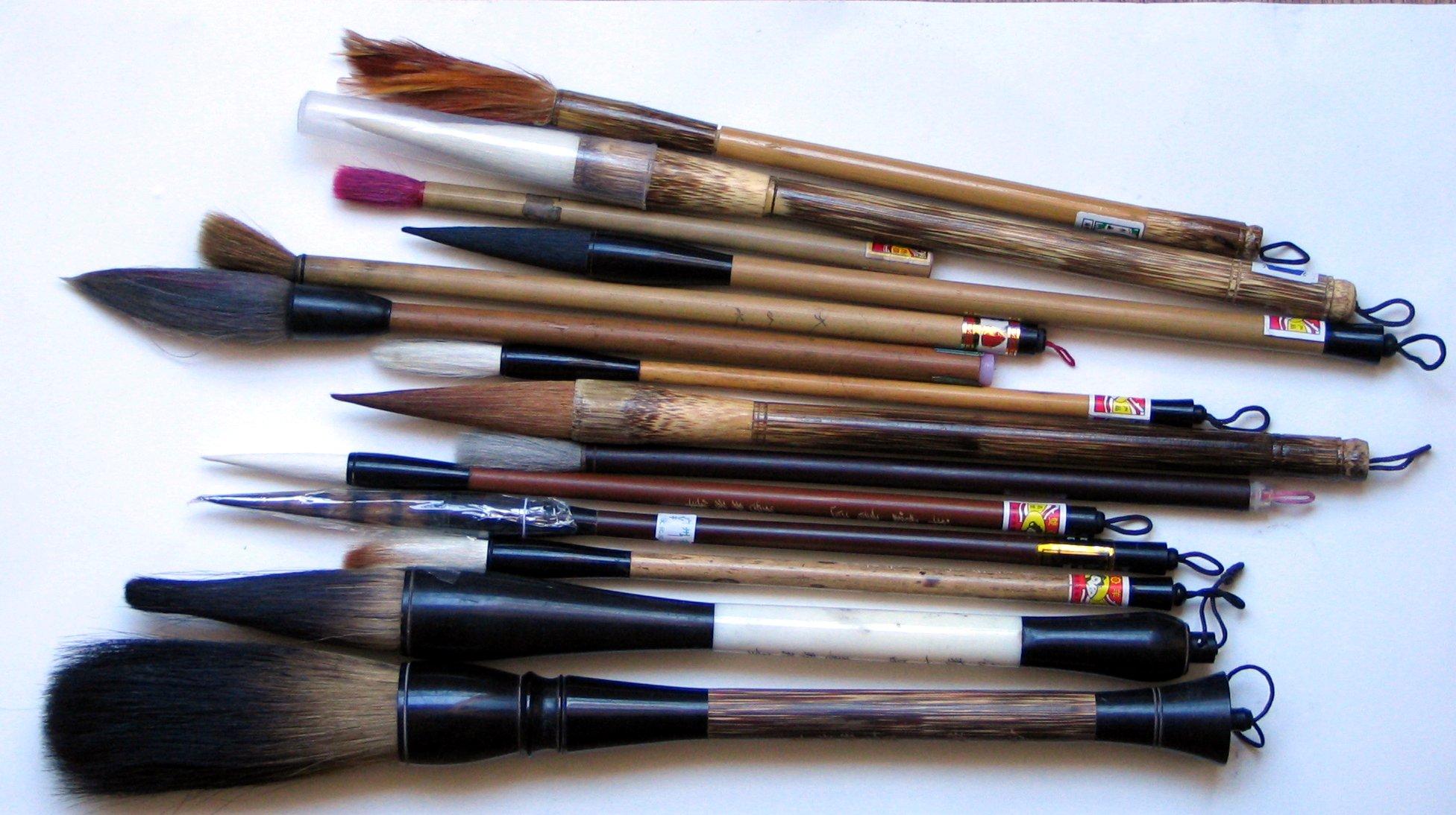 les pinceaux de maquillage chaque pinceau son utilit gloire beaut. Black Bedroom Furniture Sets. Home Design Ideas