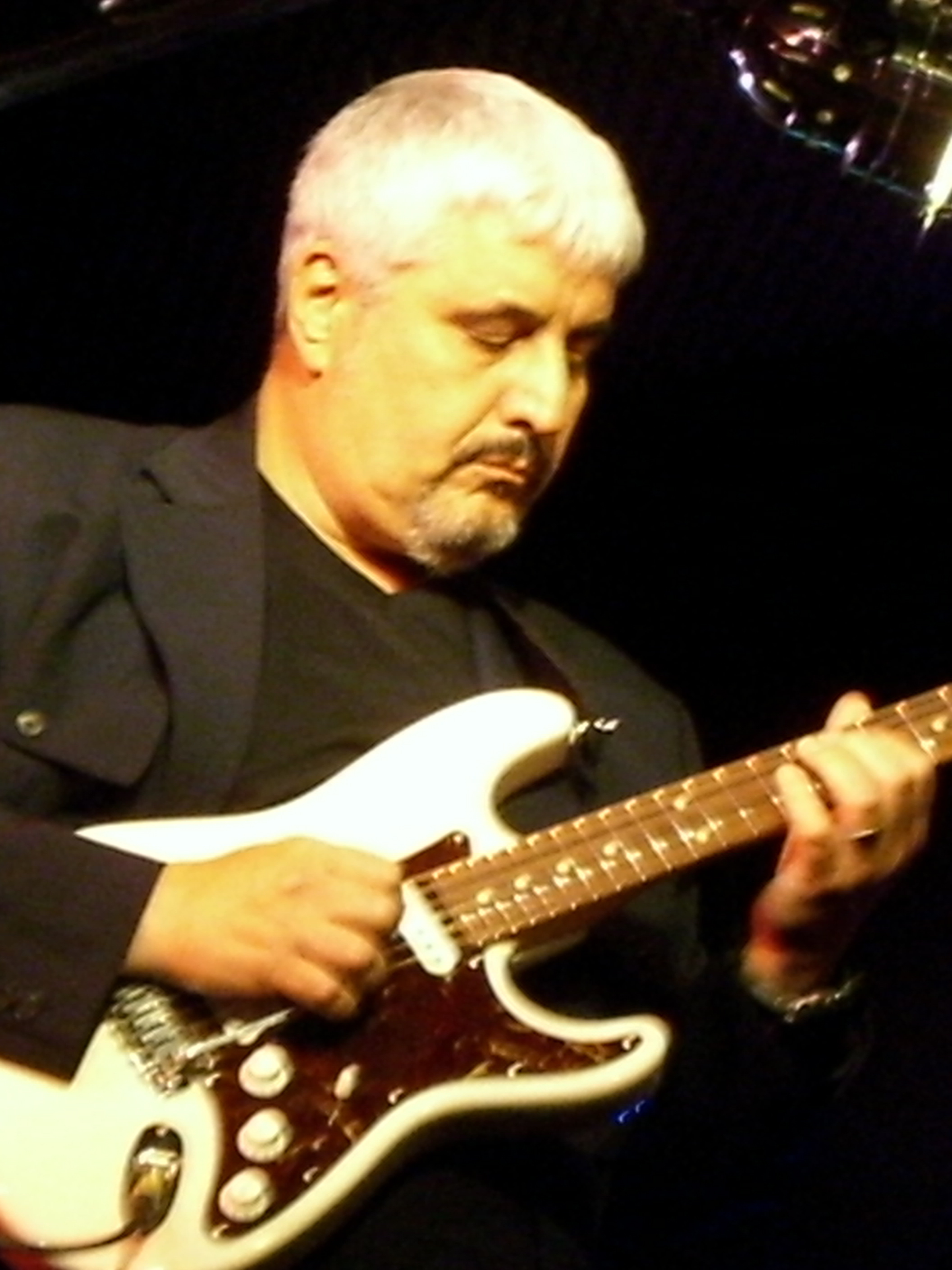PINO DANIELE - Wikipedia, the free encyclopedia