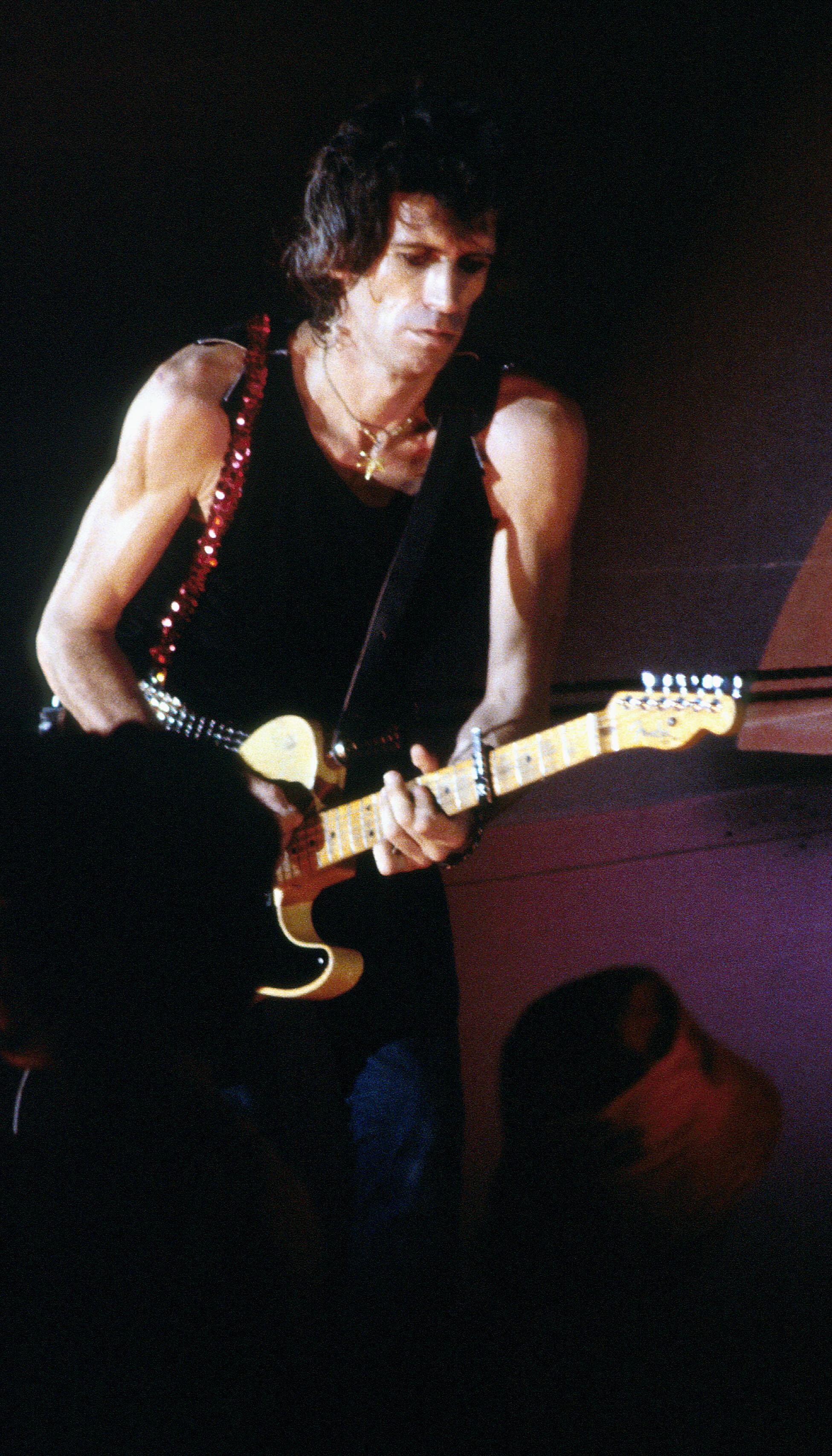 Keith Richards con su guitarra fender telecaster