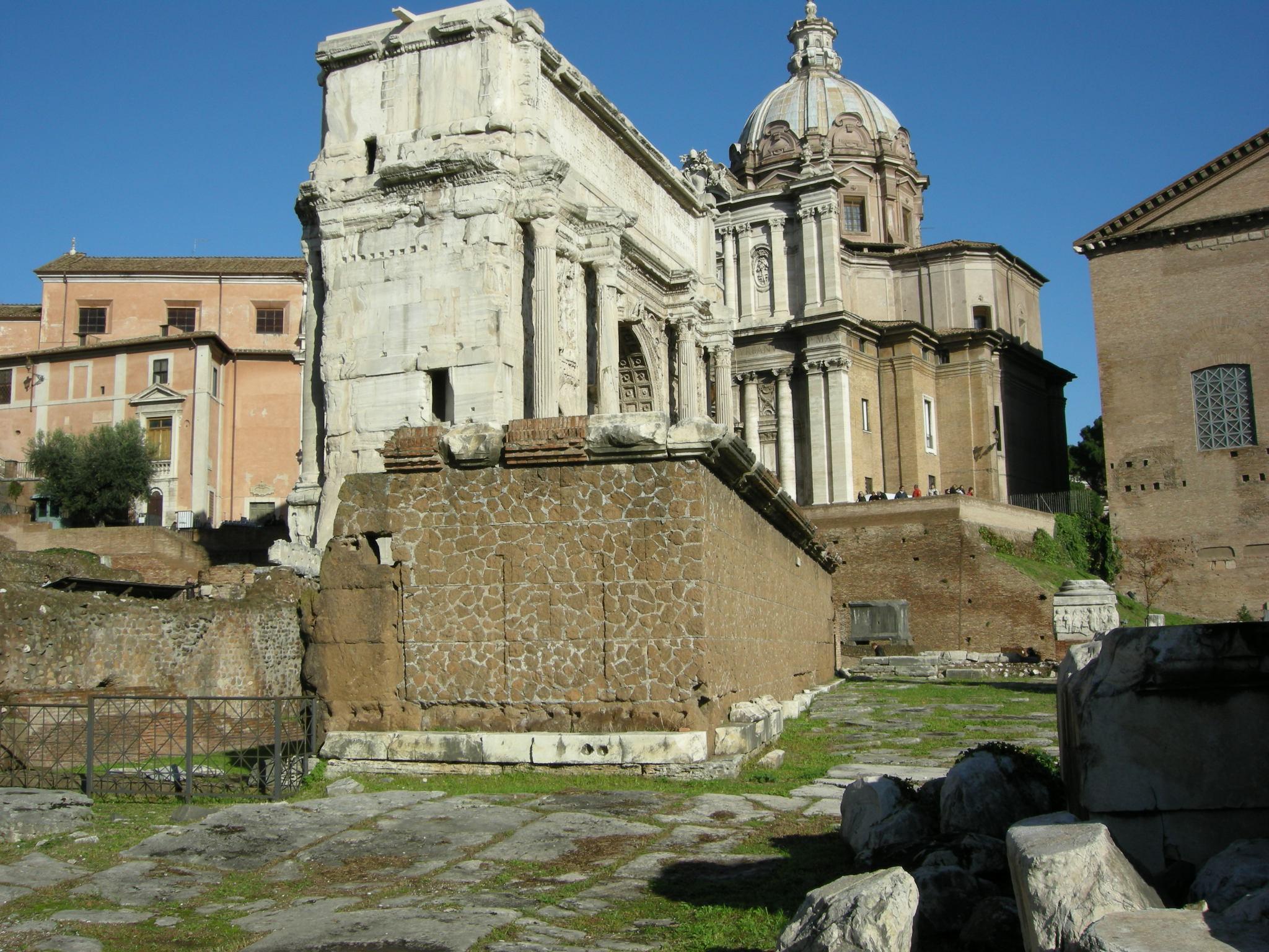 Rostra Roman Forum
