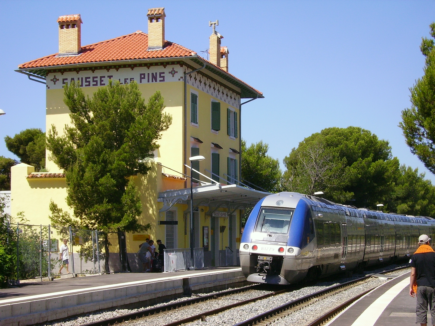 Sausset les Pins gare Wikimedia Commons