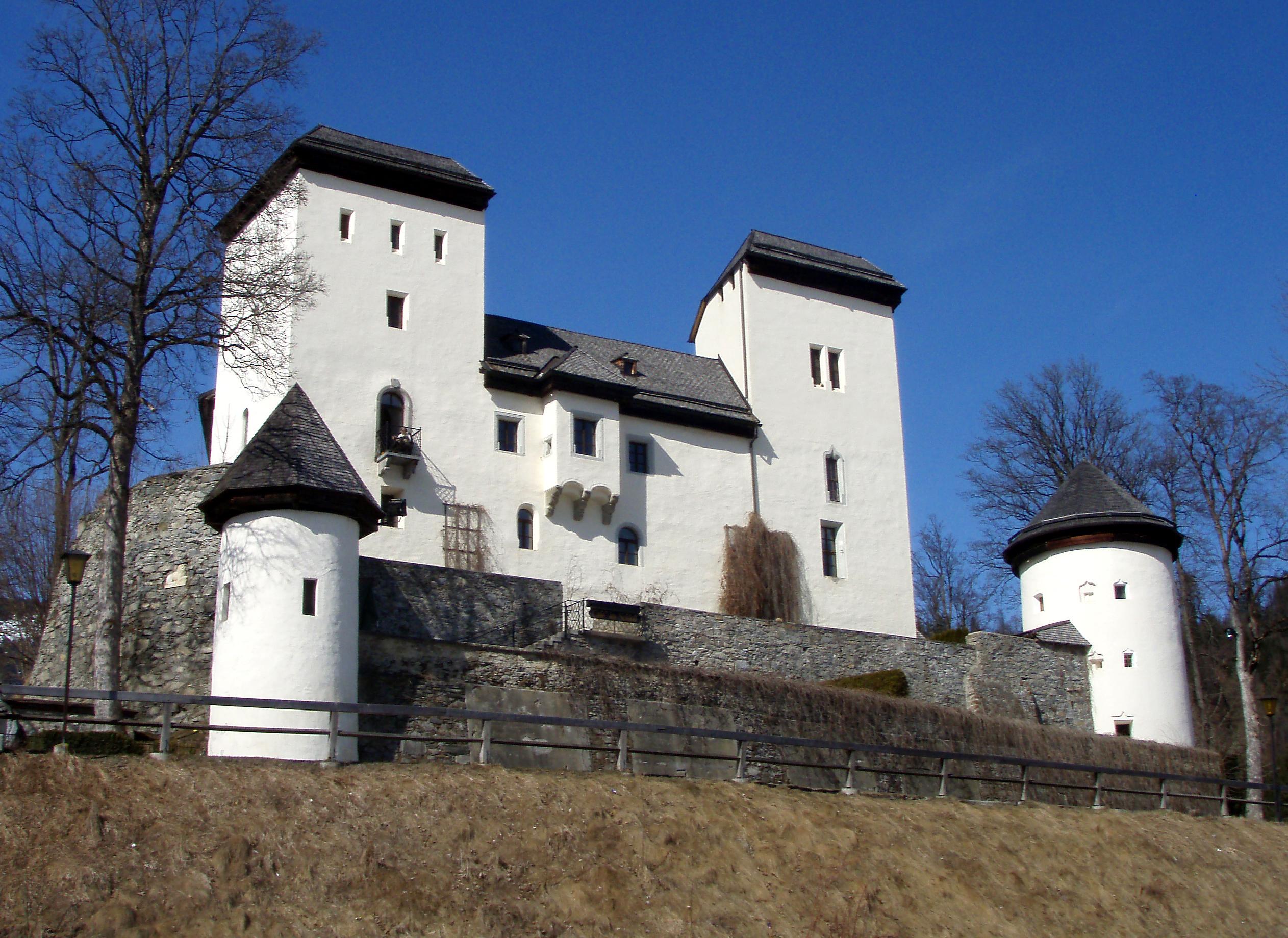 File:Schloss Goldegg 02.jpg - Wikimedia Commons