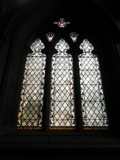 FileSimple Stained Glass Window Within St Leonard Bridgnorth