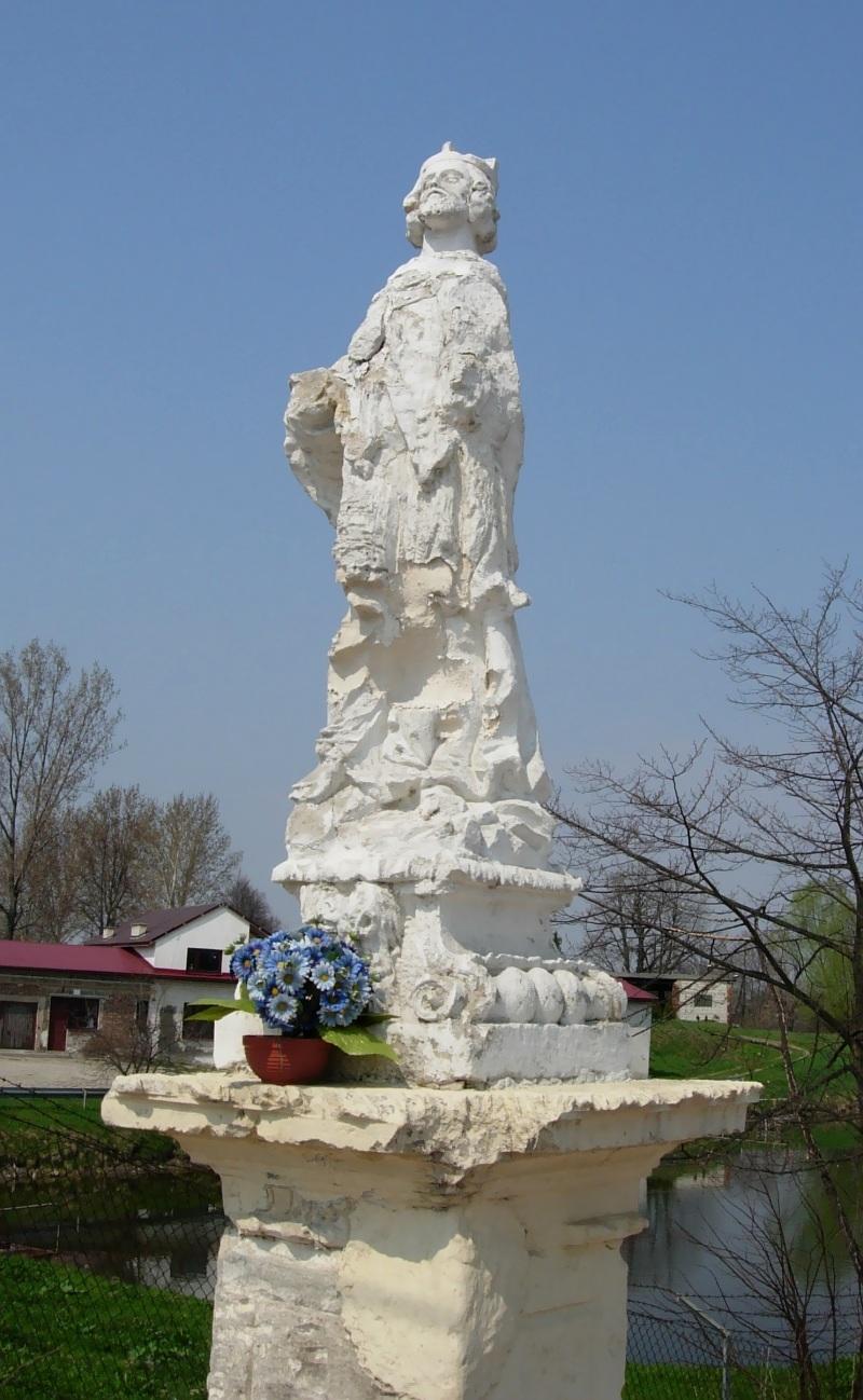 Stopnica statue