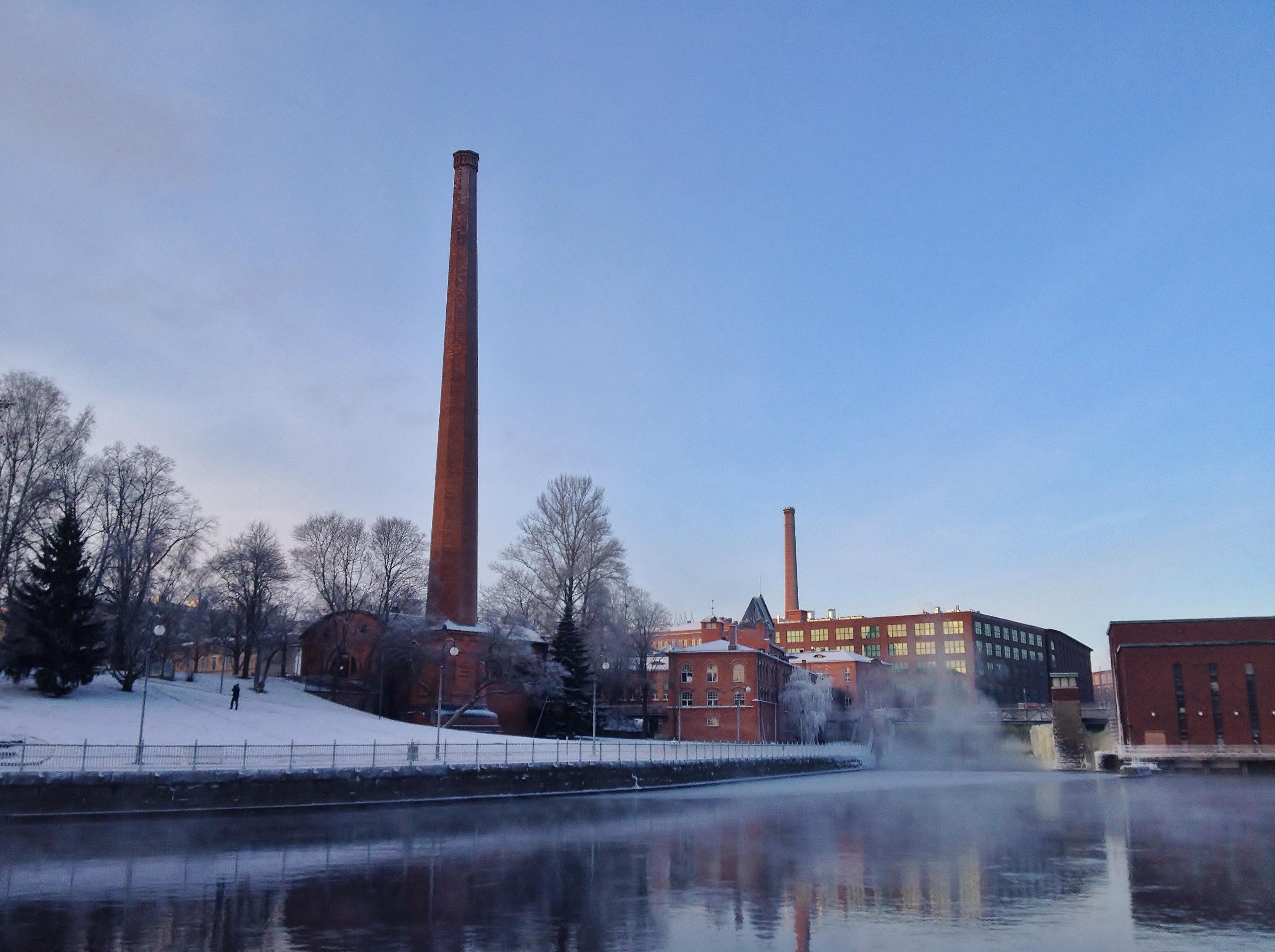 Tammerkoski rapids on 10th January 2016 1.jpg