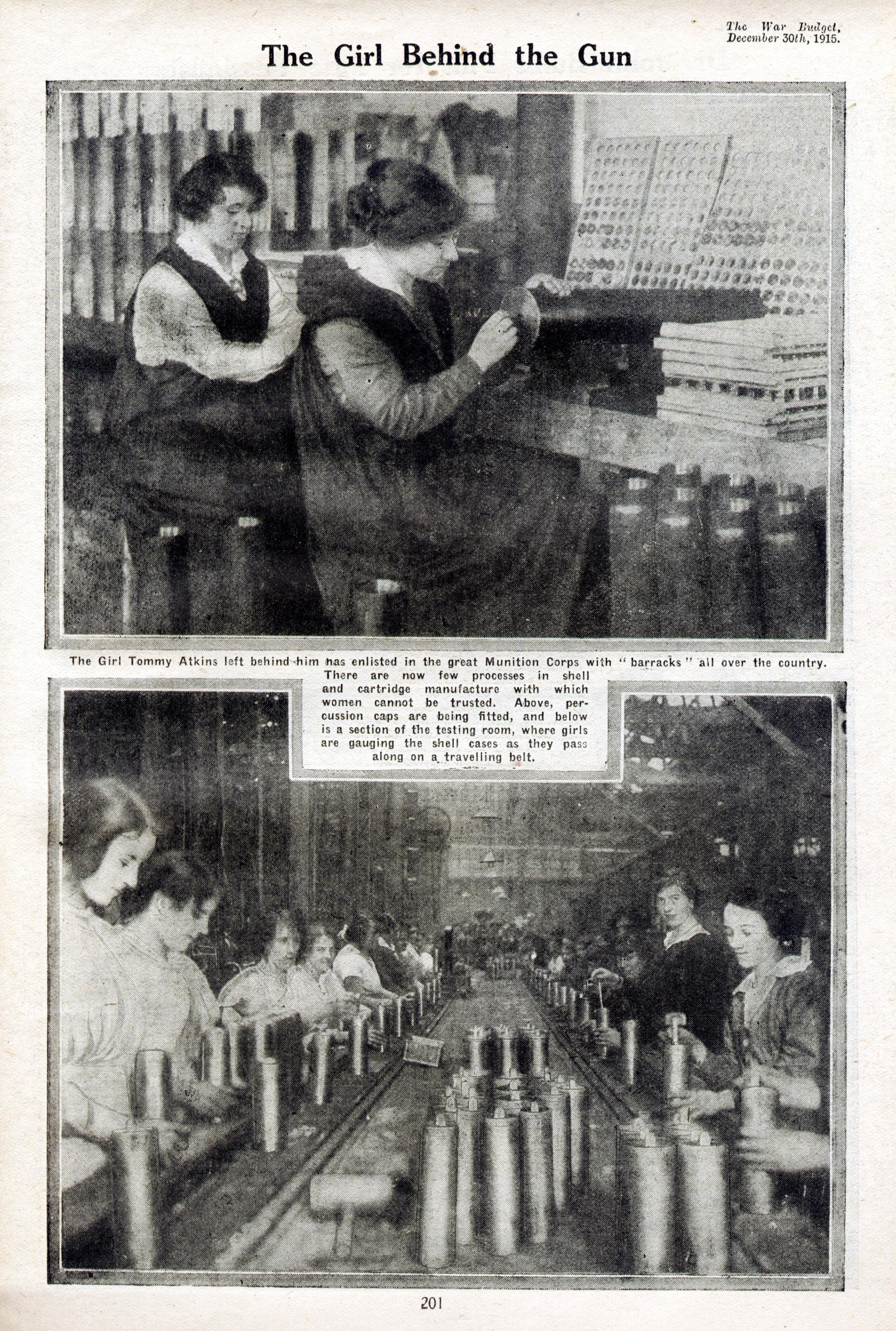 Frauen arbeiten in einem englischen Rüstungsbetrieb (1915)