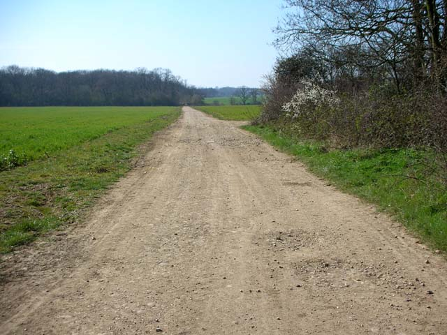 The Three Shires Way leaves Podington Airfield - geograph.org.uk - 393085