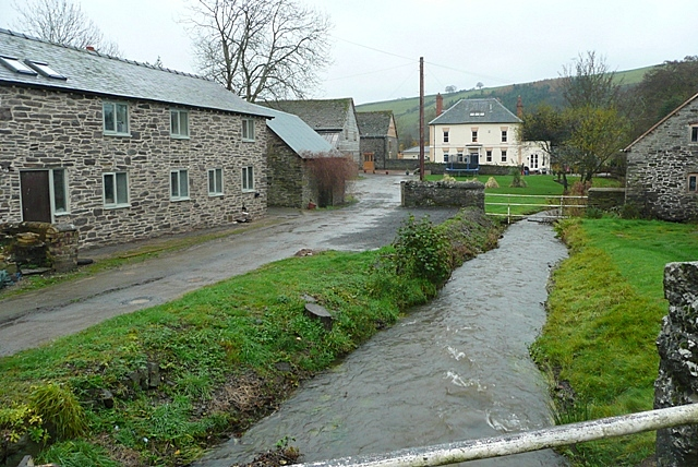 The centre of the village - geograph.org.uk - 1595500