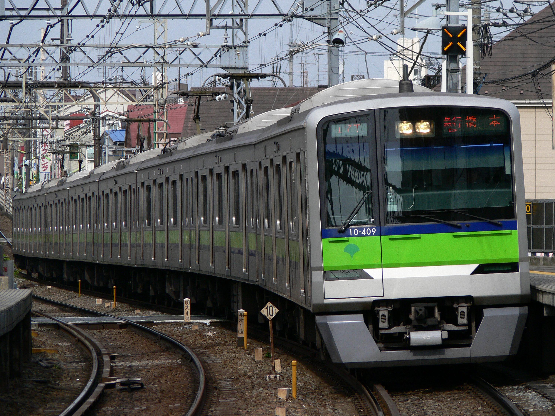 ファイル:Toei 10-300.jpg