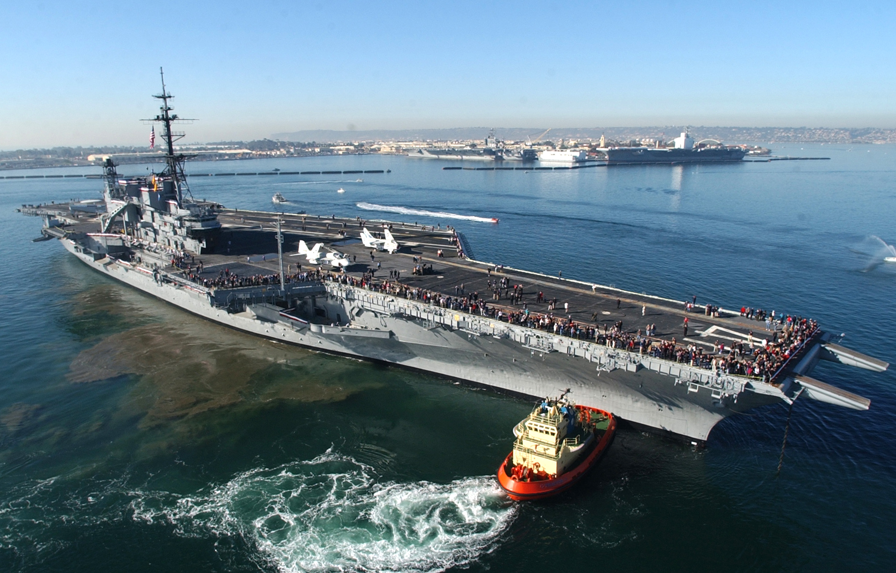 The biggest ships and airplanes