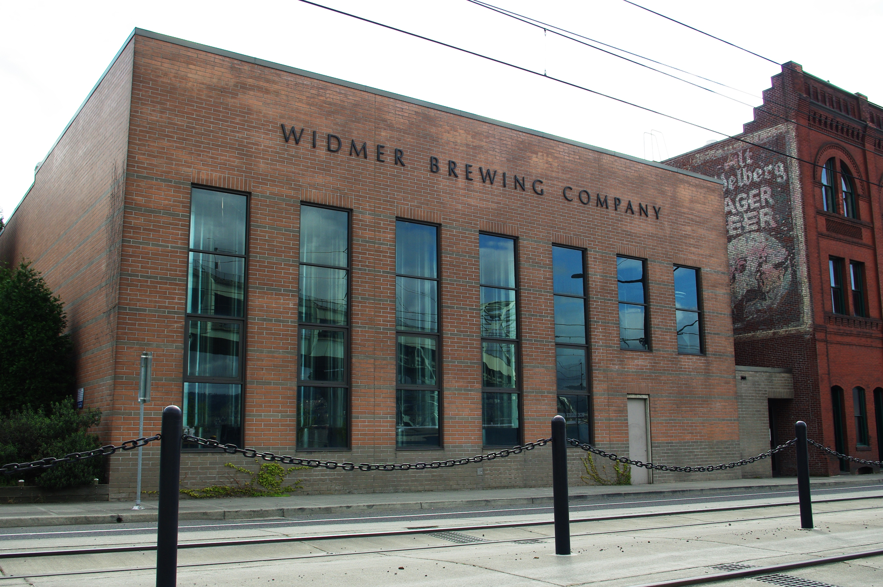 Widmer Brewing Company headquarters - Portland, Oregon.JPG