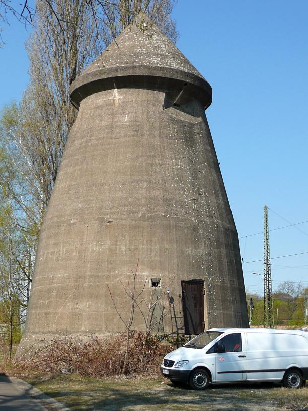 Winkel  Luftschutzbunker, Вертикальное бомбоубежище Винкеля