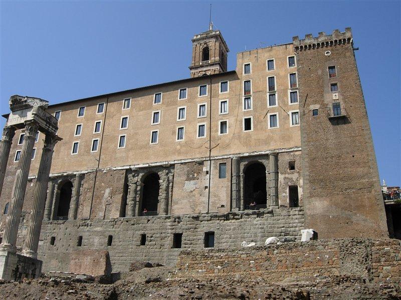09826 - Rome - Roman Forum (3504265419).jpg