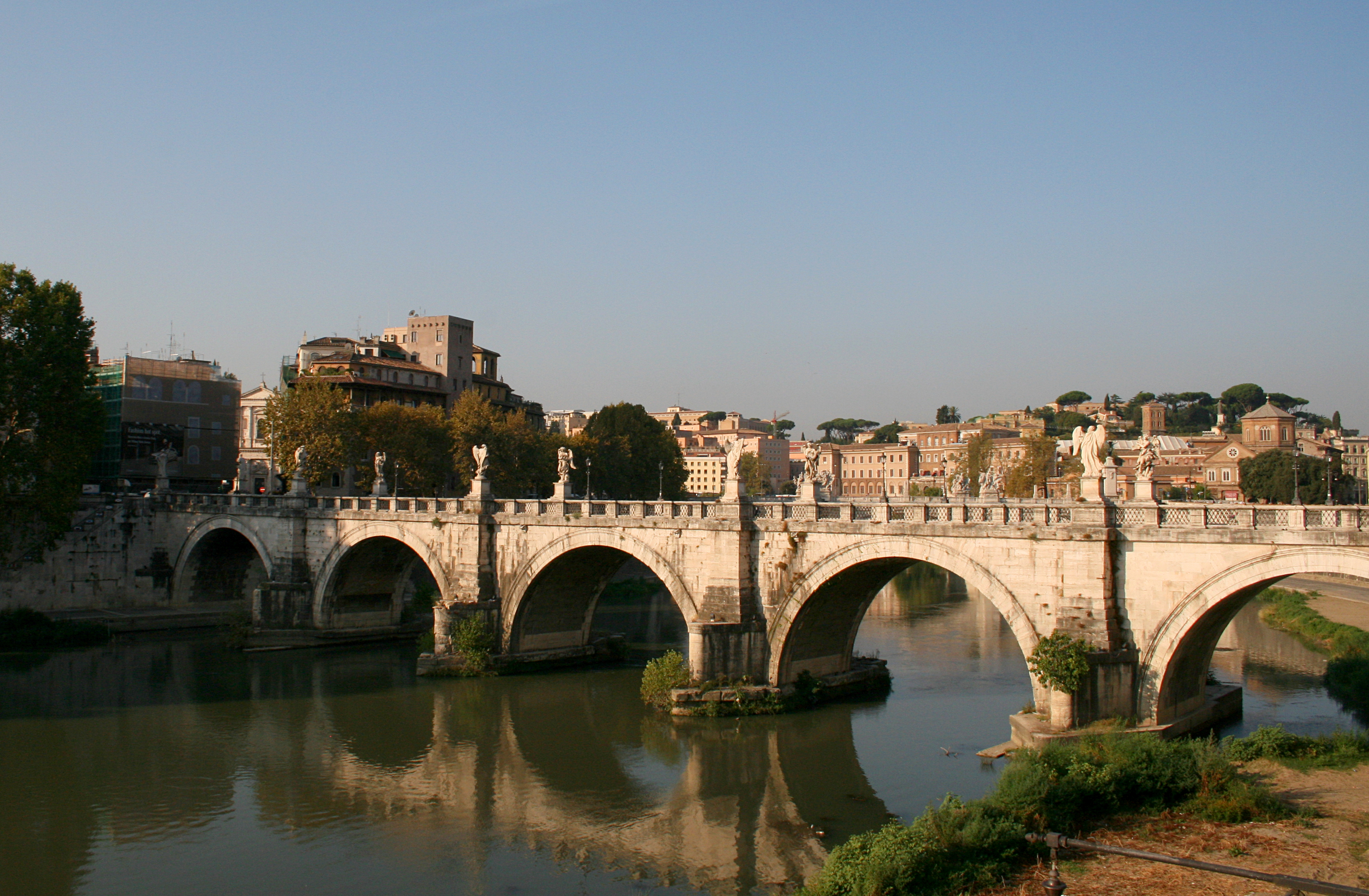 0_Tibre_-_Ponte_Sant'Angelo_-_Rome_(1).JPG