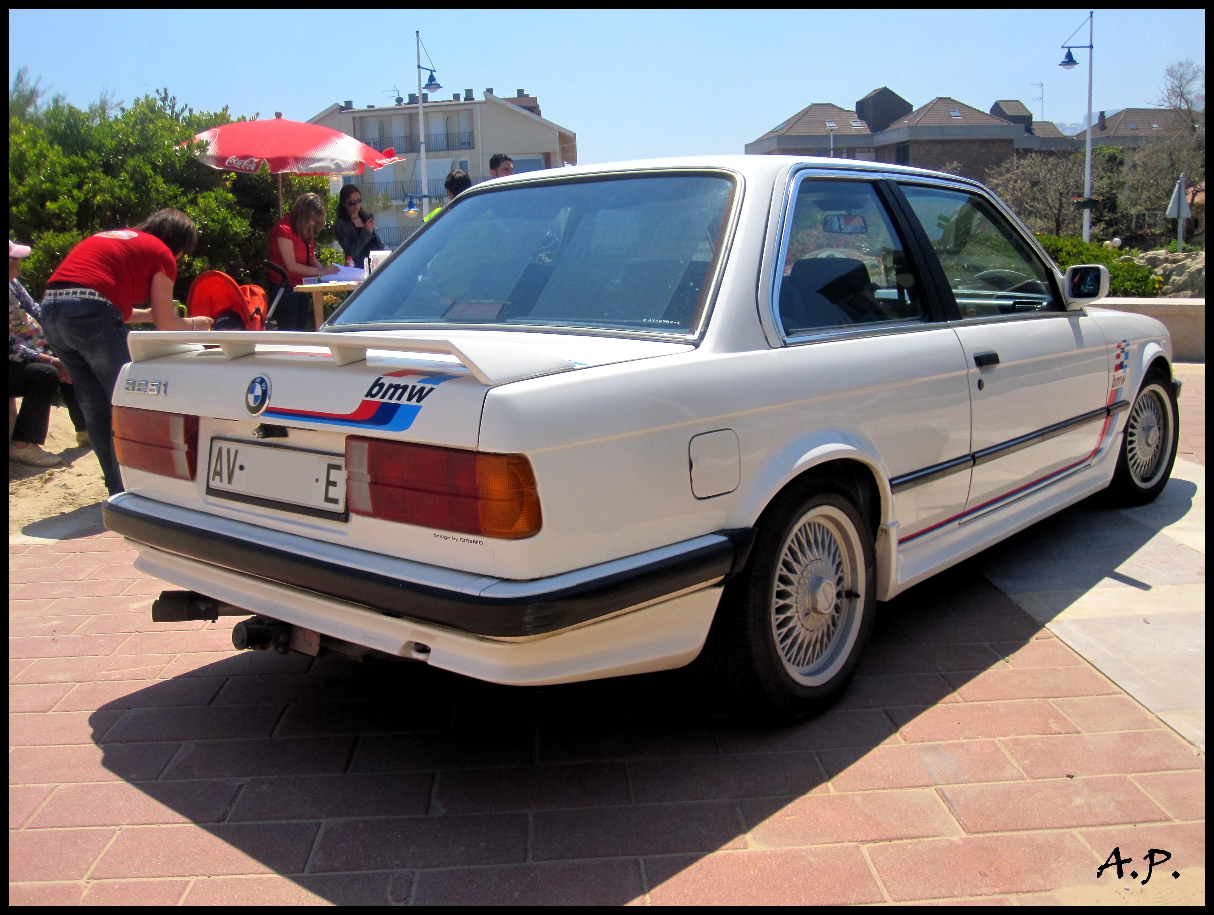 File BMW I E Jpg Wikimedia Commons - Bmw 1989 e30