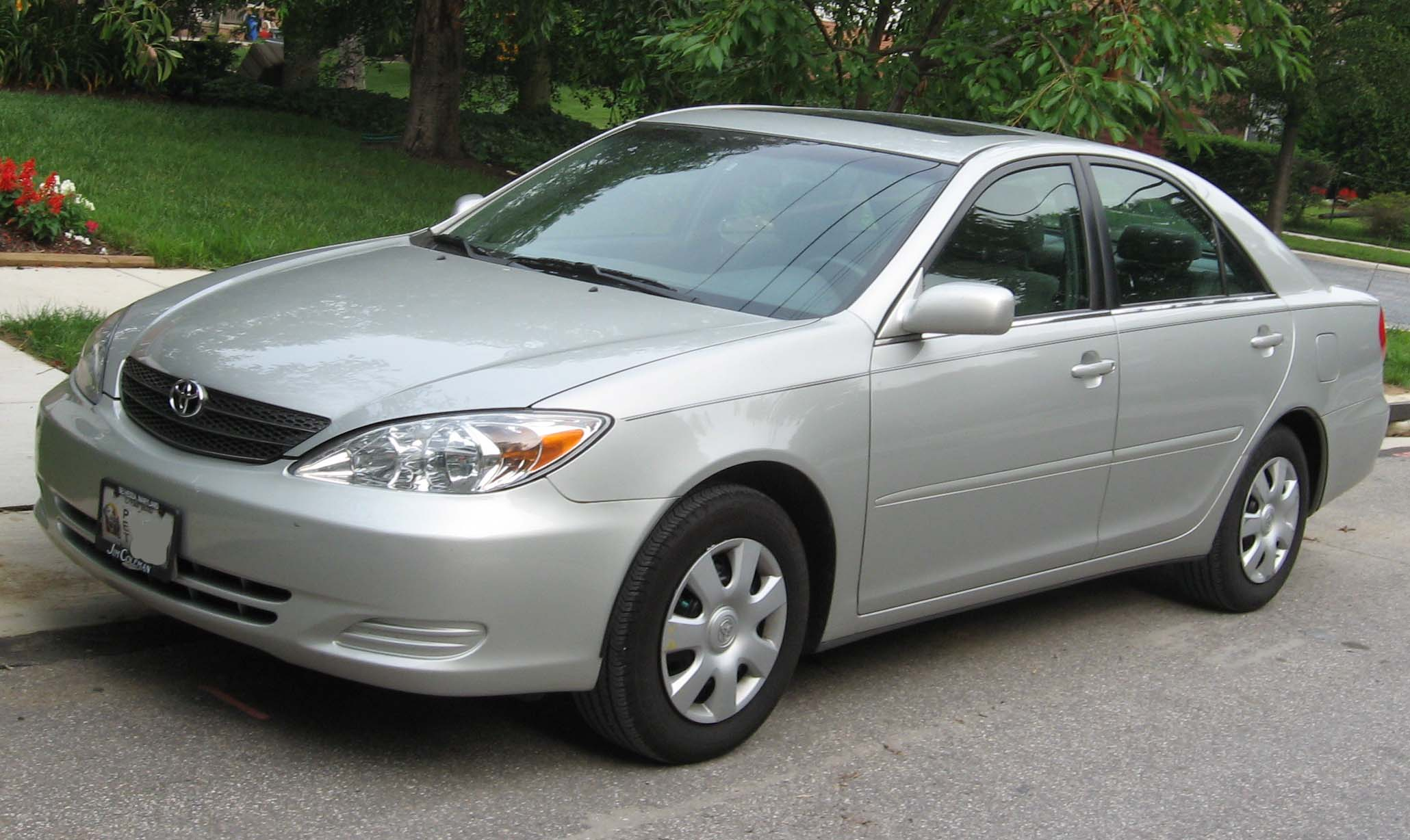 Description 2002-2004 Toyota Camry 1.jpg