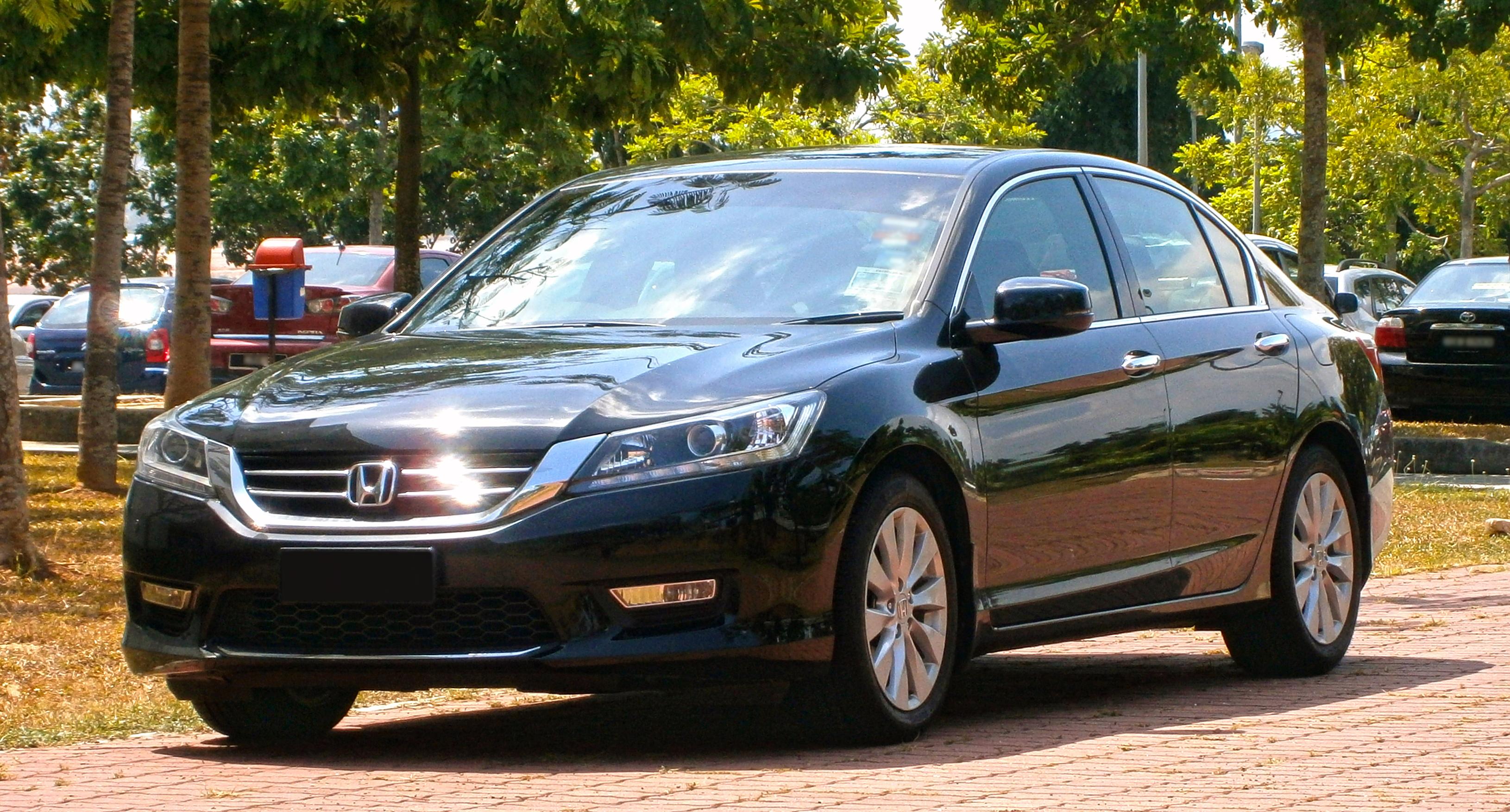 File2014 Honda Accord 20 VTi L In Cyberjaya Malaysia 01