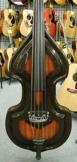 AMPEG 5 strings.jpg