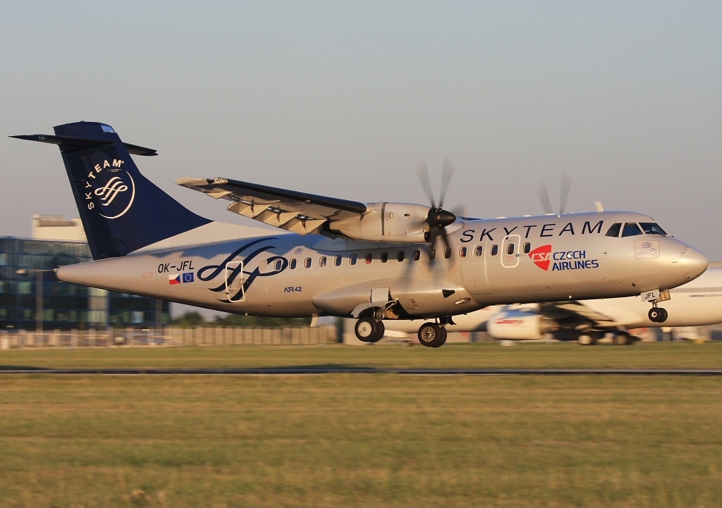 Airlines Czech atr File Skyteam - csa Atr-42-500 jpg An1742578