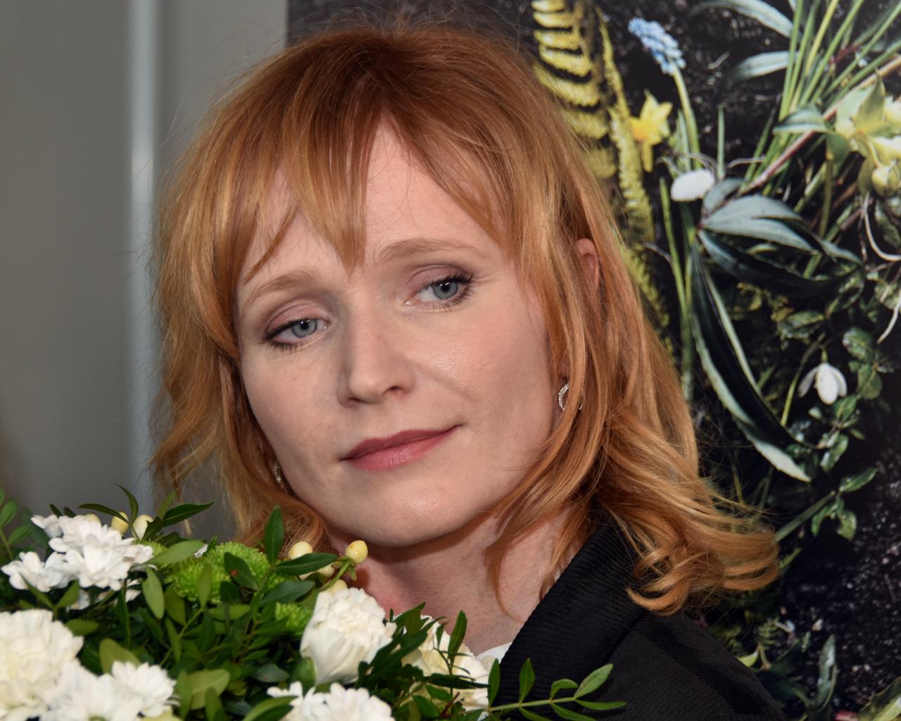 100 Images of Ana Geislerova