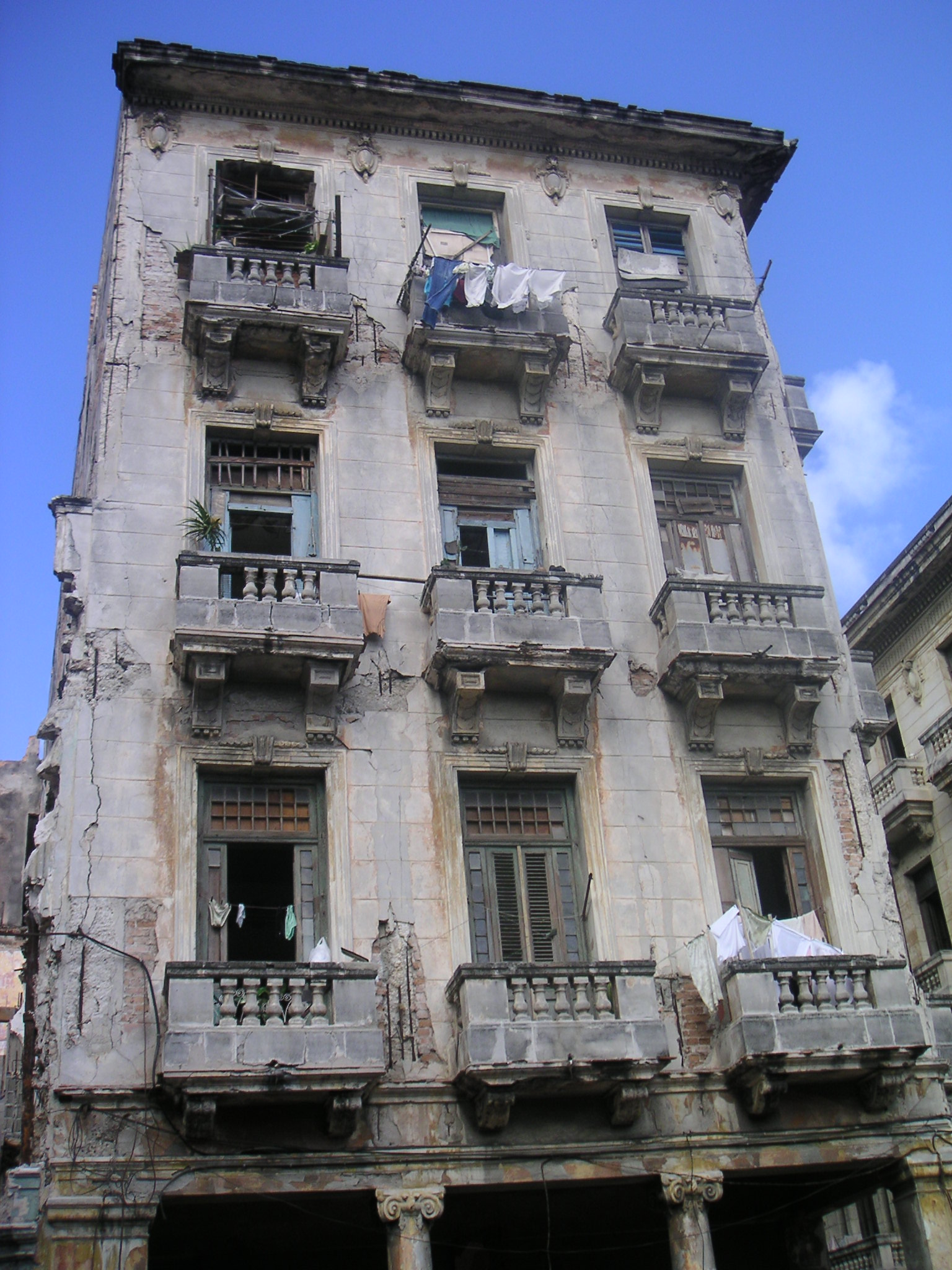 Apartments In Havana Il