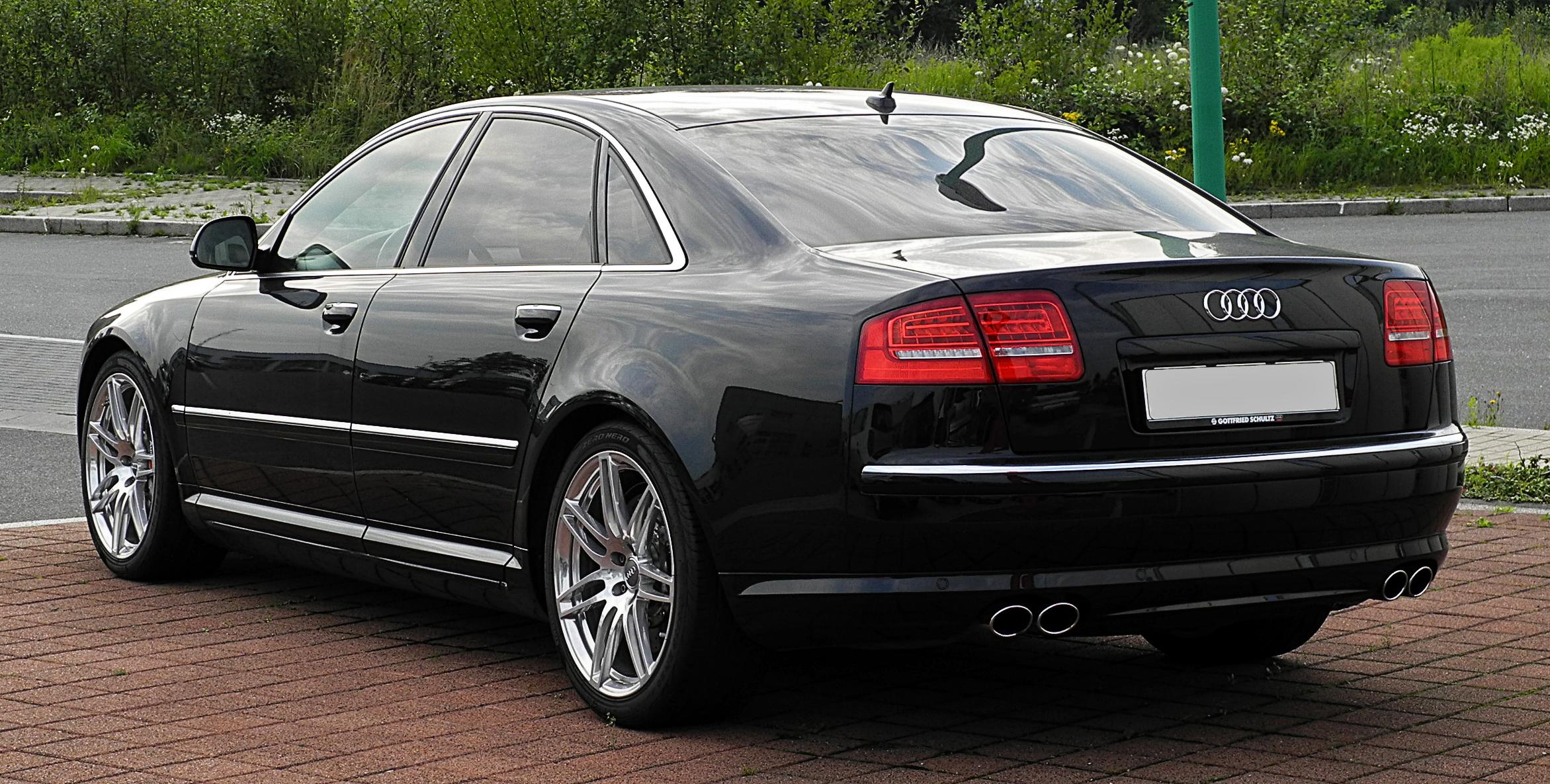 Audi Build Your Own >> File:Audi S8 (D3, 2. Facelift) – Heckansicht, 21. Juli 2011, Velbert.jpg - Wikimedia Commons
