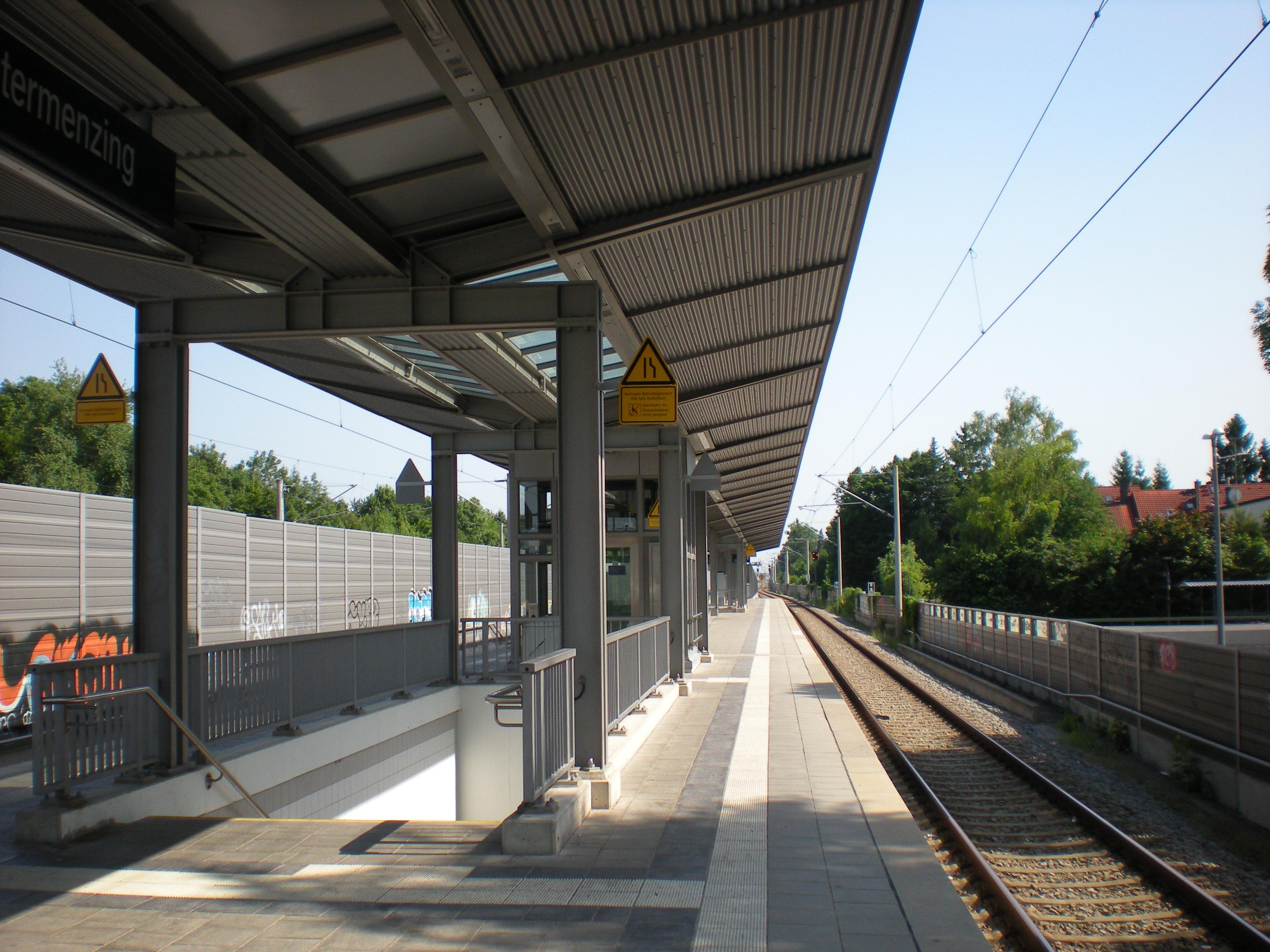 Datei Bahnhof M Nchen Untermenzing Jpg Wikipedia