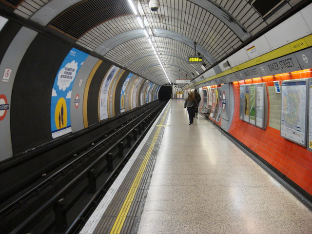Baker Street station, Northbound Jubilee Line platform - geograph.org.uk - 808488