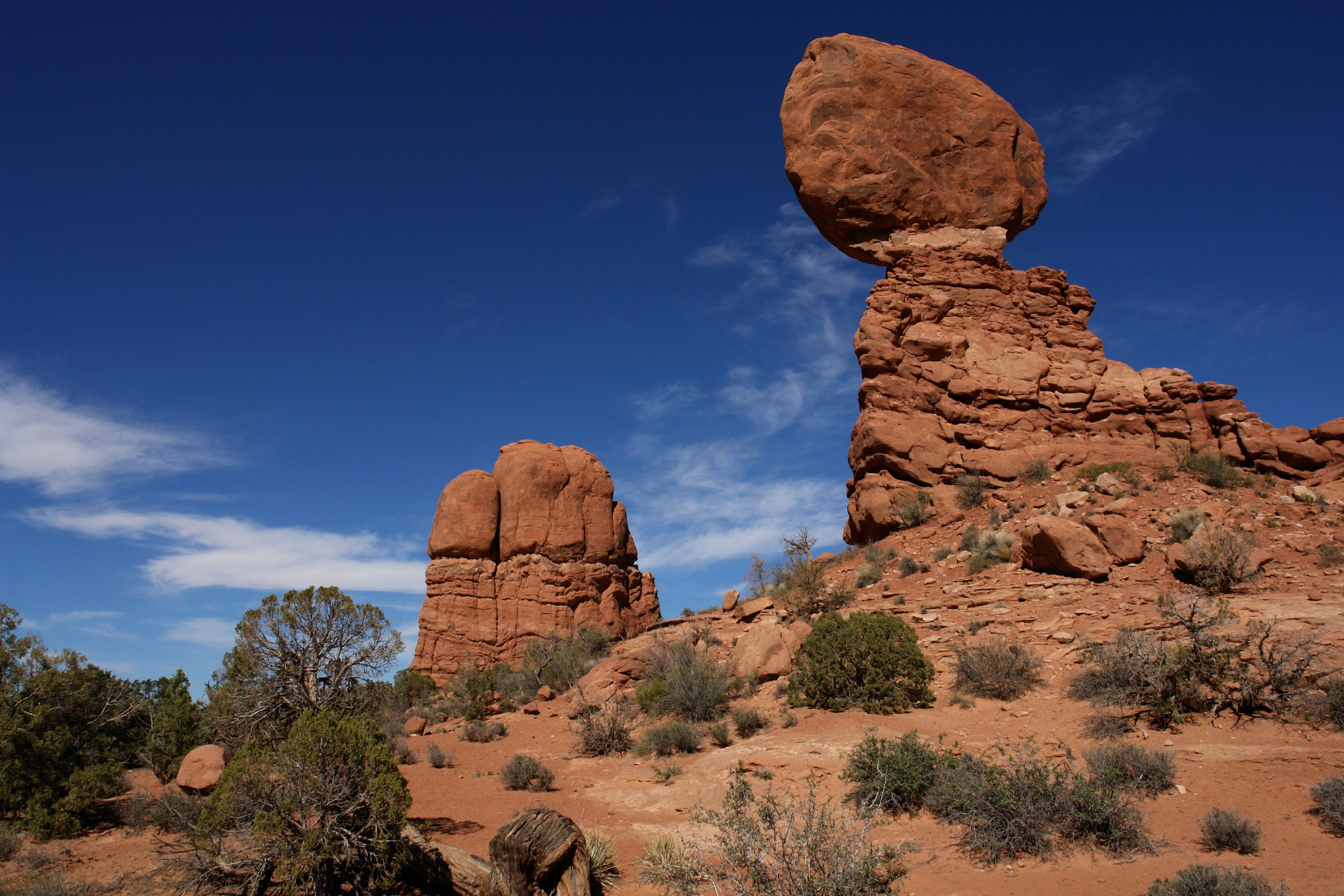utah map usa with File Balanced Rock  Arches National Park  Utah  3458772956 on Antelope Canyon In Arizona additionally Mono Lake Usa besides Colorado in addition Maine Location On The Us Map further Grand Canyon Usa.