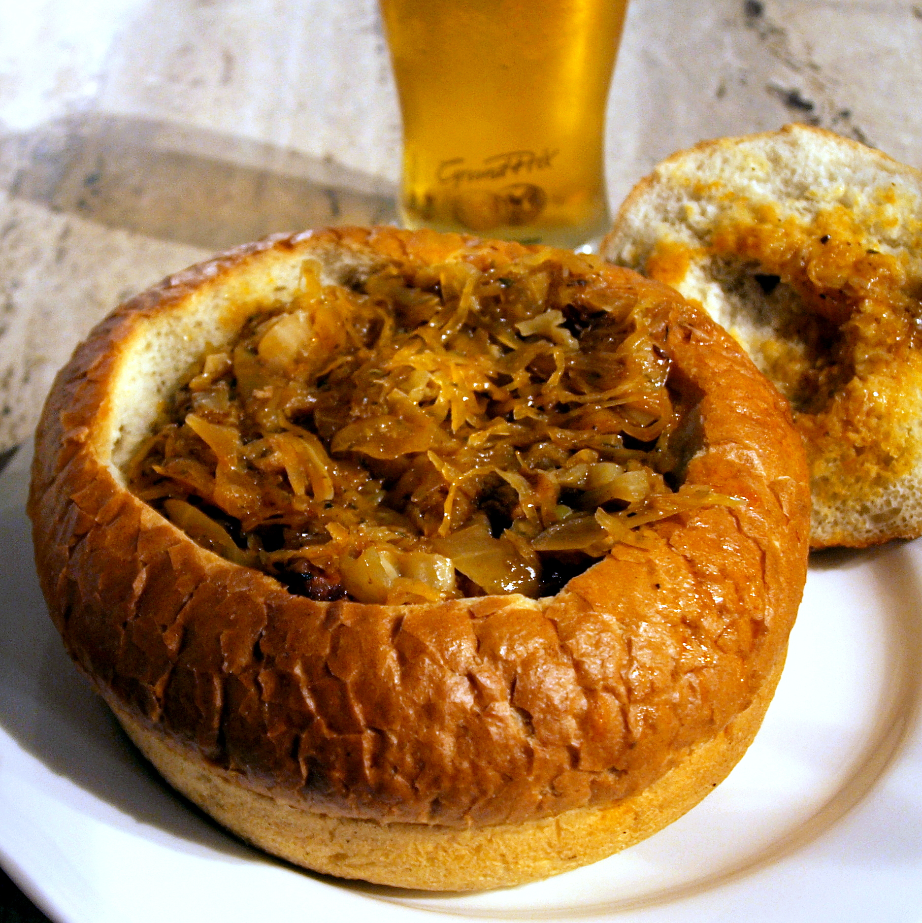 File:Bigos in Kraków.jpg - Wikimedia Commons